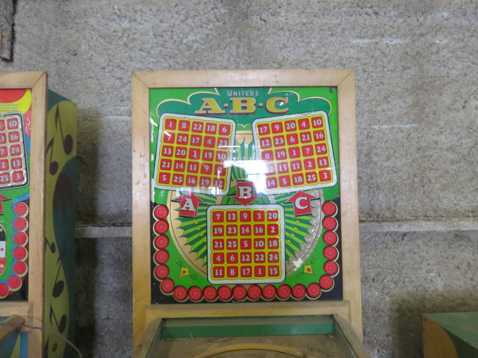 Vintage United ABC Pinball Machine - Image 3