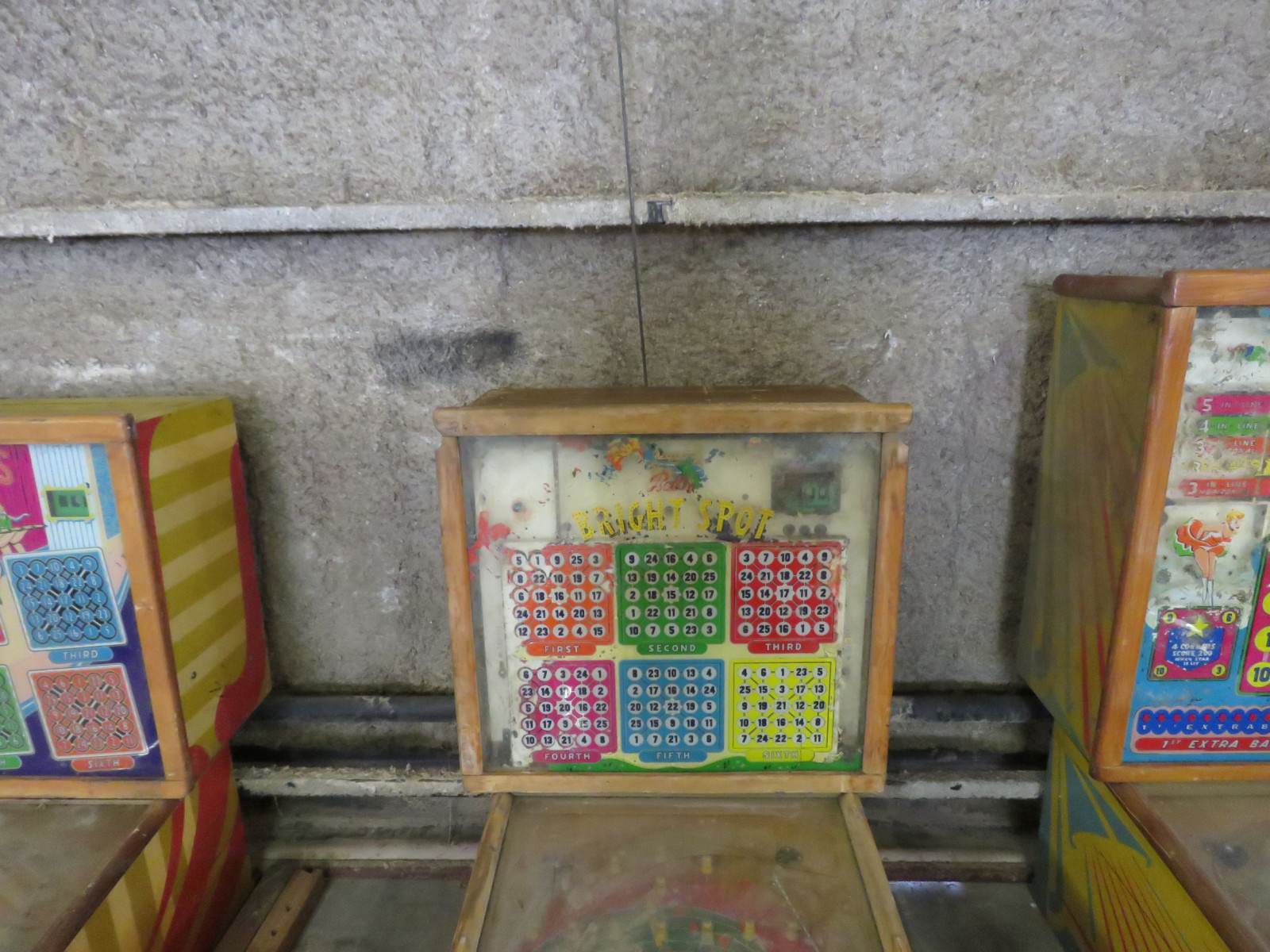 Vintage Bally Bright Spots Pinball Machine - Image 3