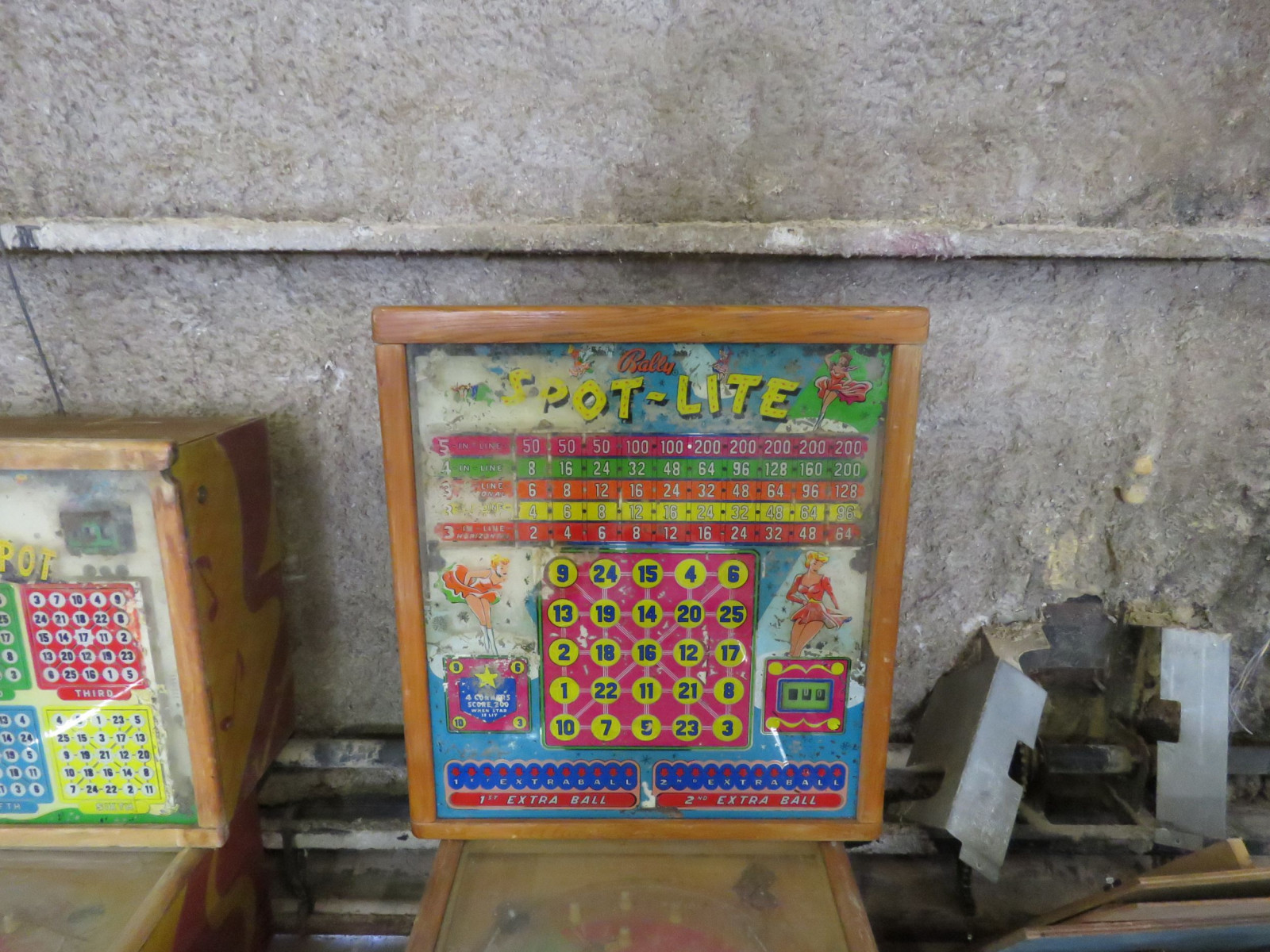 Vintage Bally Spot Light Pinball Machine - Image 4