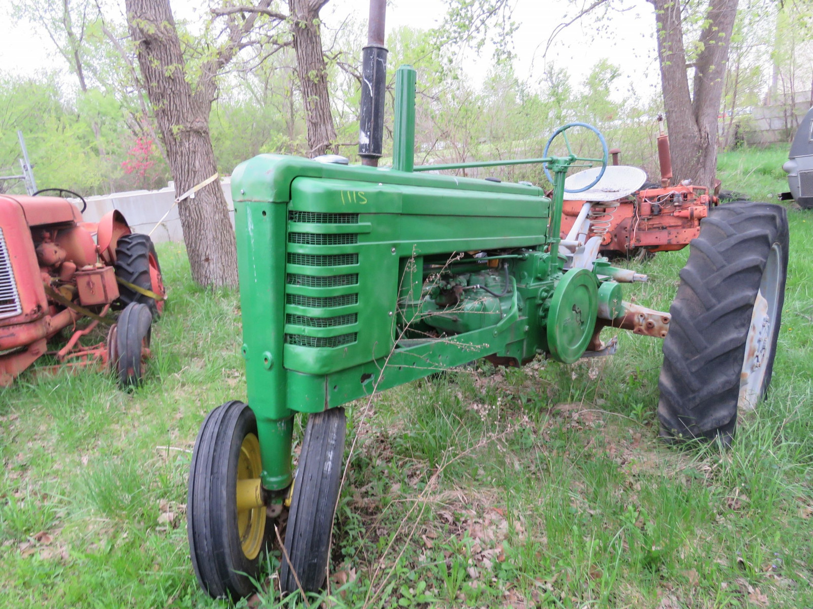Styled John Deere B Tractor - Image 1