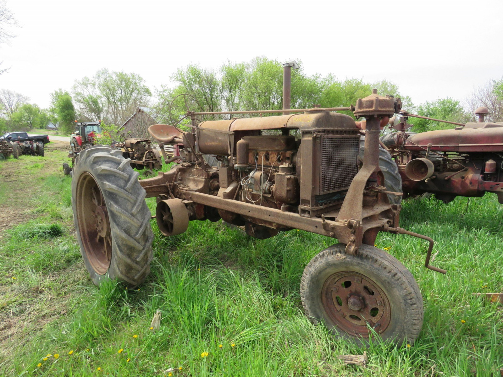 Farmall F-20 for Project or parts - Image 1