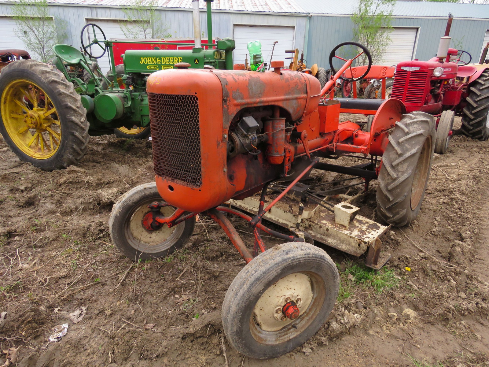 Allis Chalmers B Tractor - Image 2