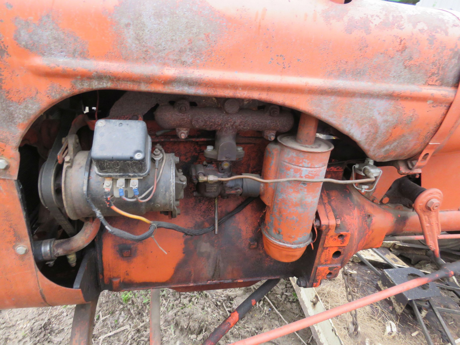 Allis Chalmers B Tractor - Image 3