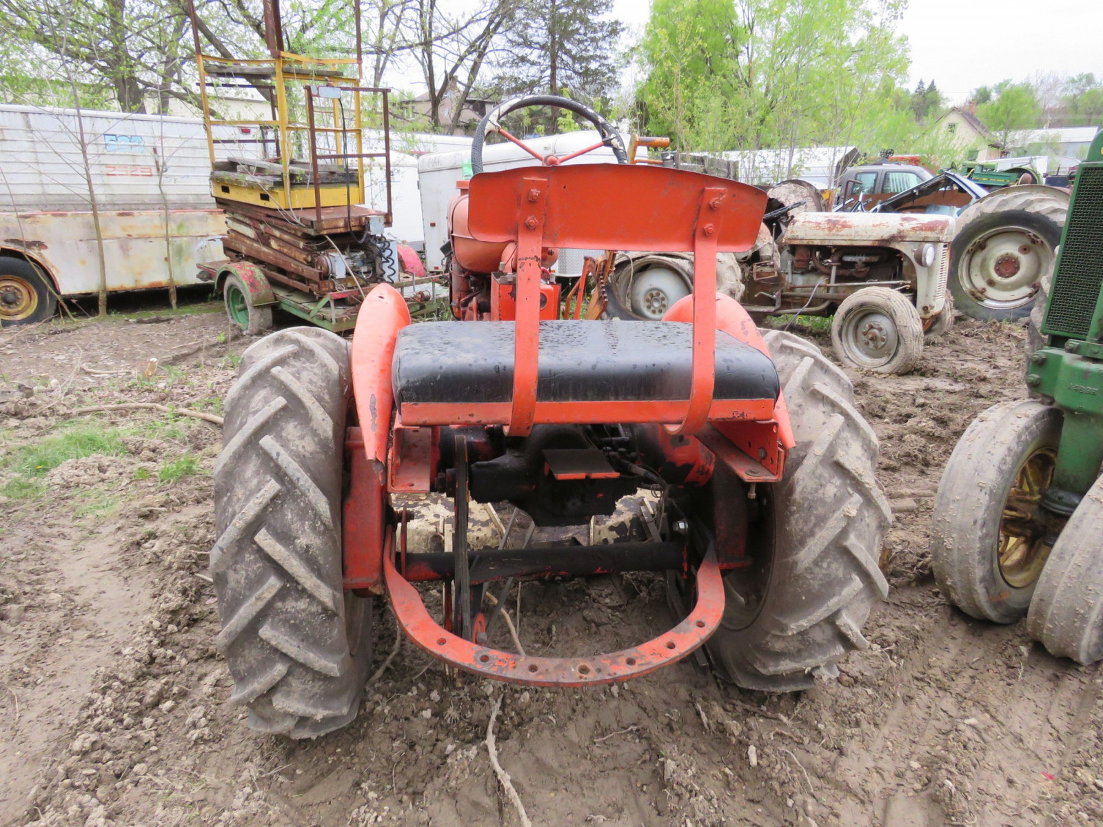 Allis Chalmers B Tractor - Image 4
