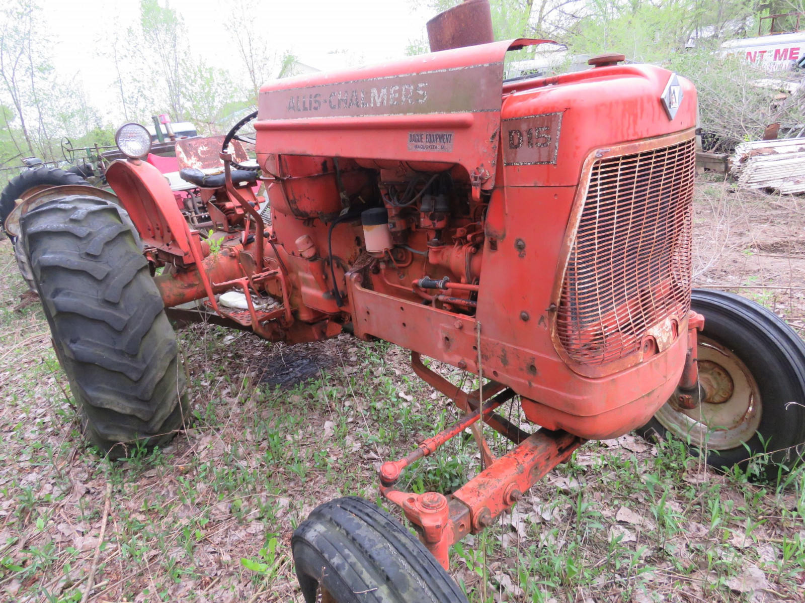 Allis Chalmers D-15 Tractor - Image 2