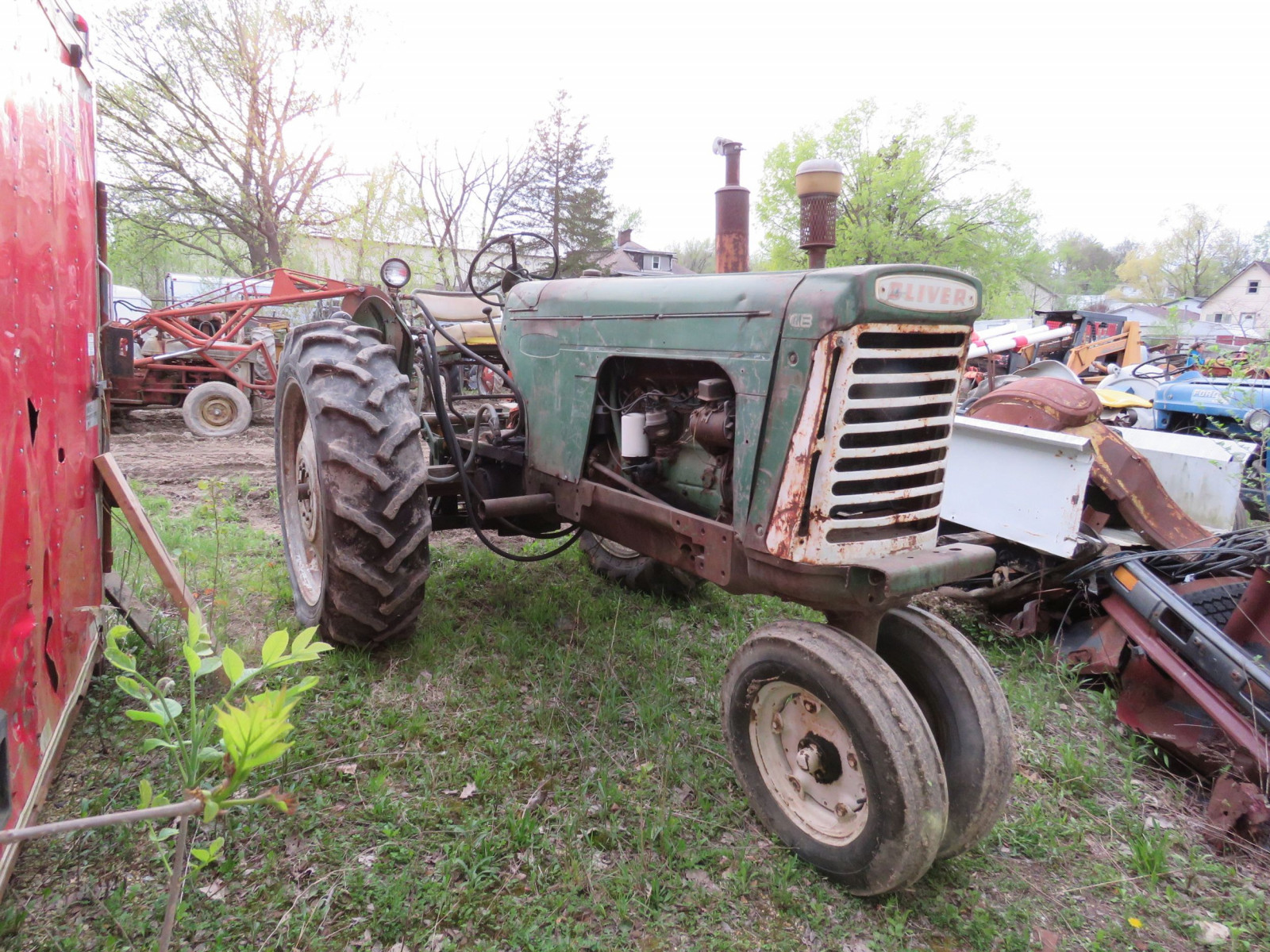 Oliver 880 Tractor - Image 1