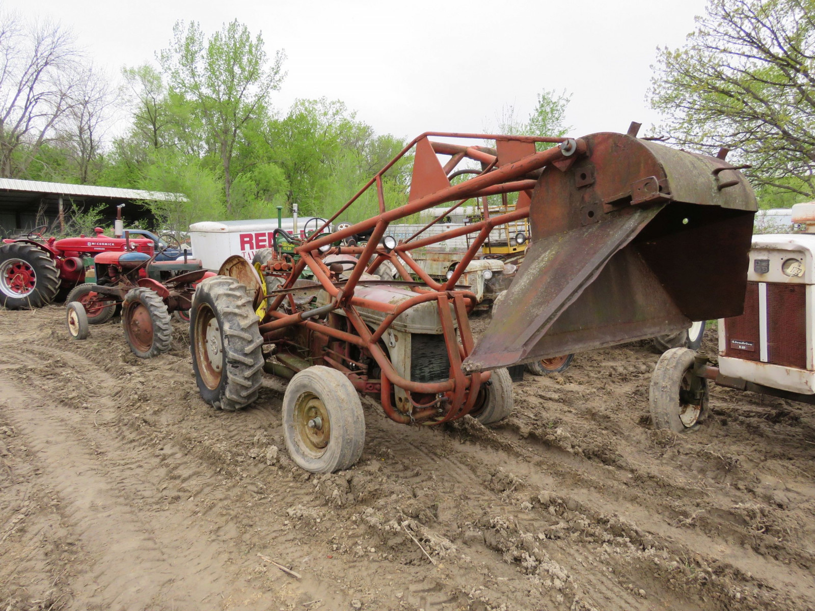 Ford 8N Tractor with Loader for restore - Image 1
