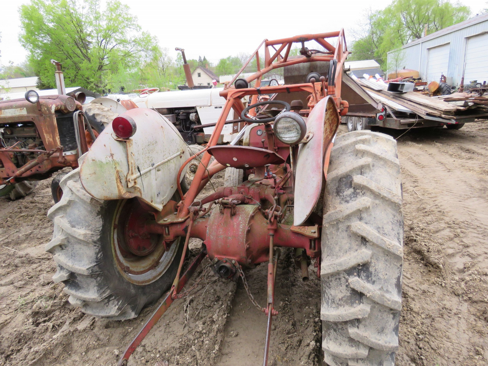 Ford 8N Tractor with Loader for restore - Image 2