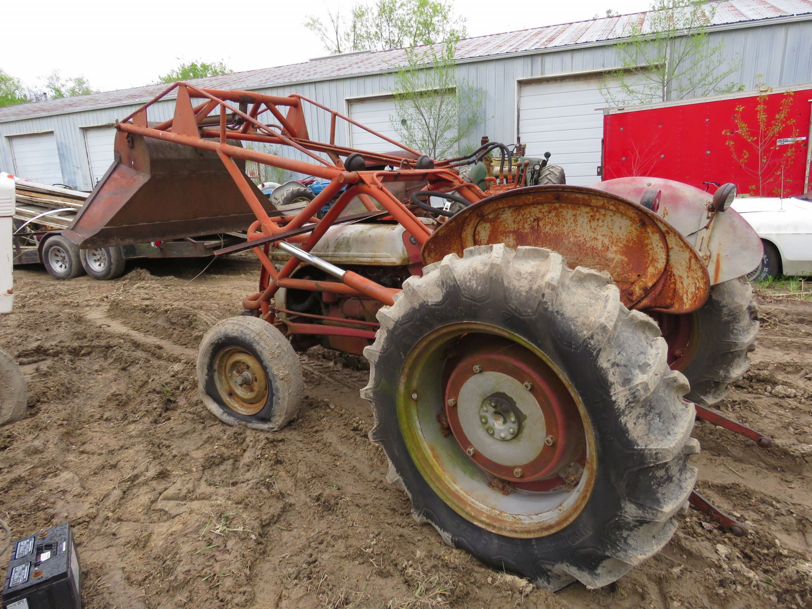 Ford 8N Tractor with Loader for restore - Image 3