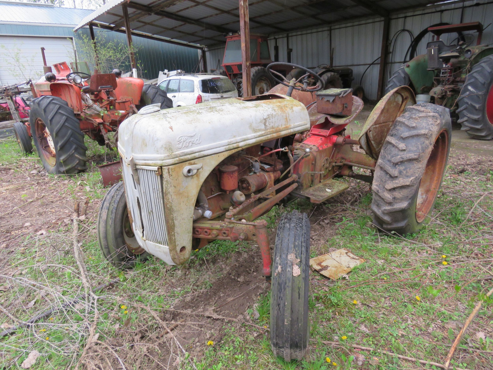 8N Ford Tractor - Image 2