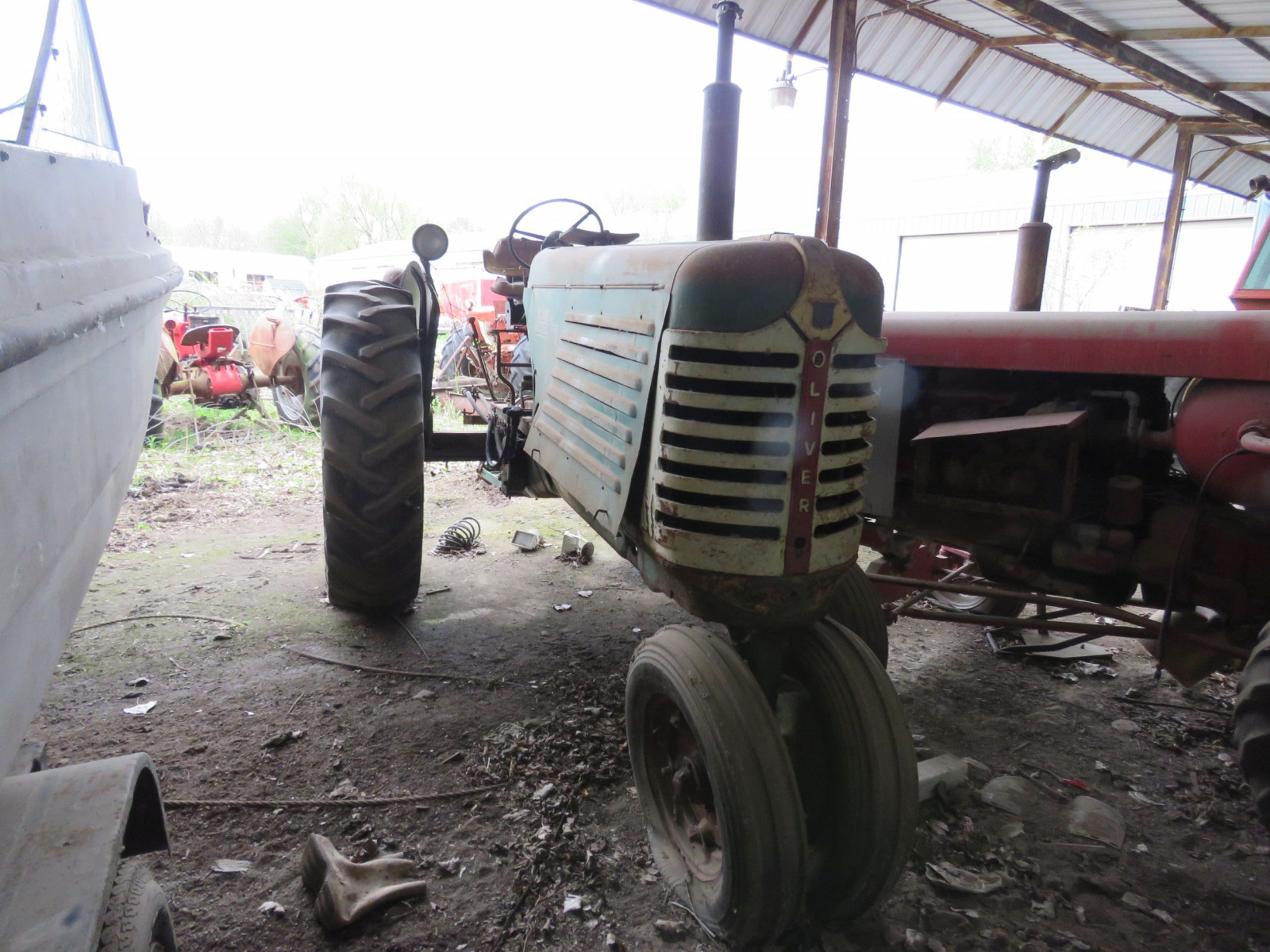 Oliver 88 Row Crop Tractor - Image 2