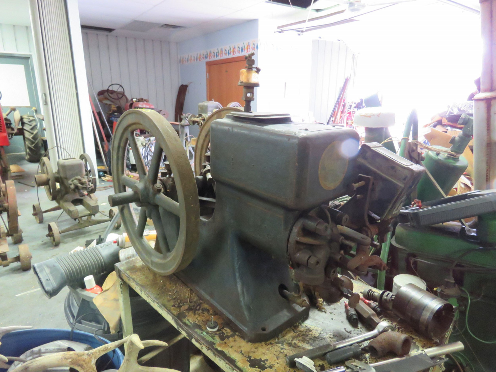 The Jaeger  2HP Stationary Gas Engine - Image 1