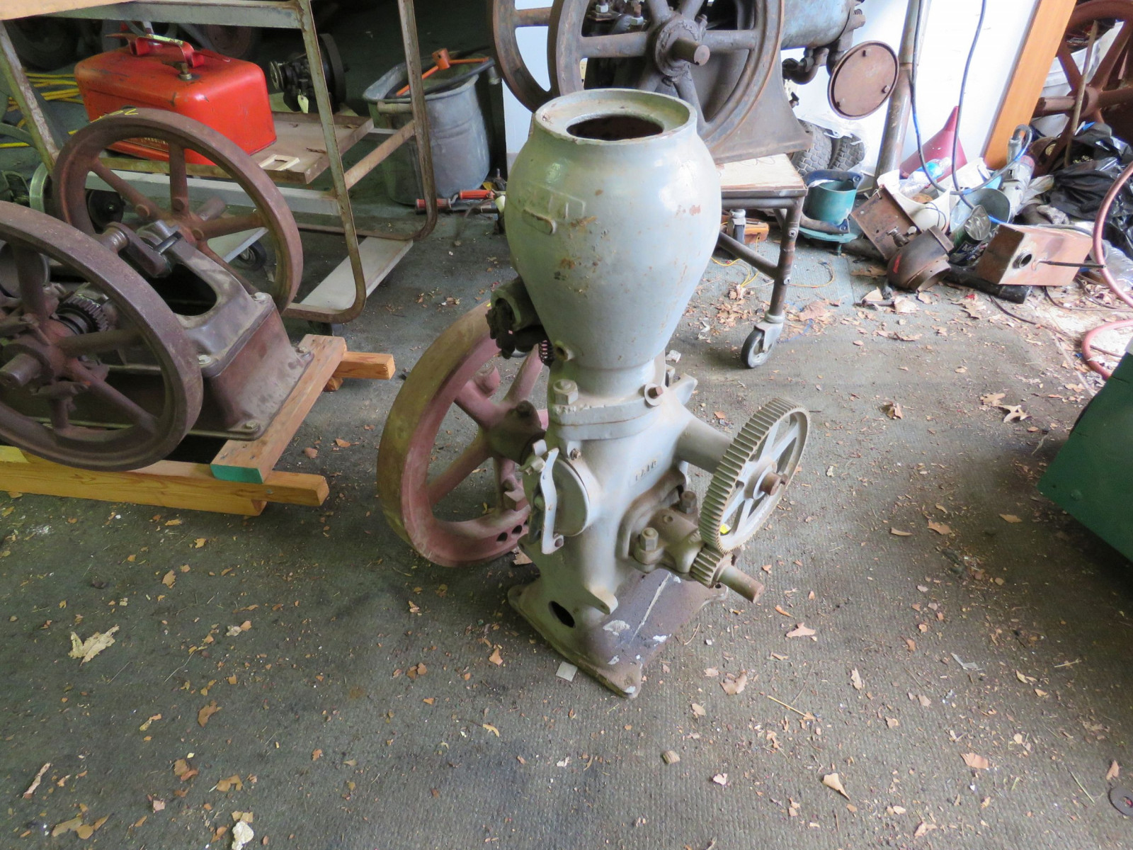 Upright Stationary Engine - Image 1