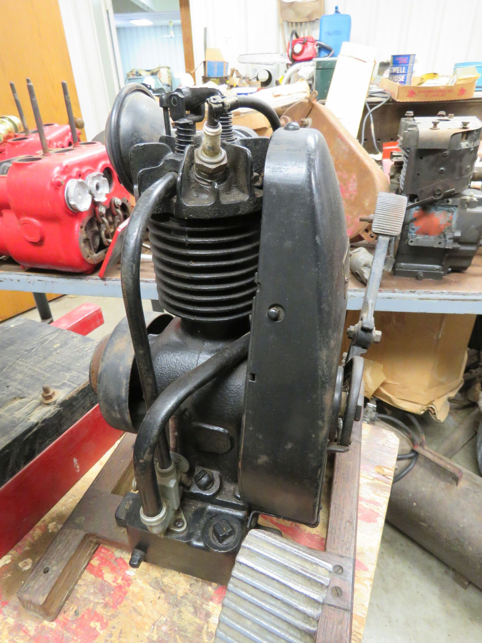 Briggs & Stratton Type FH Stationary Engine - Image 1
