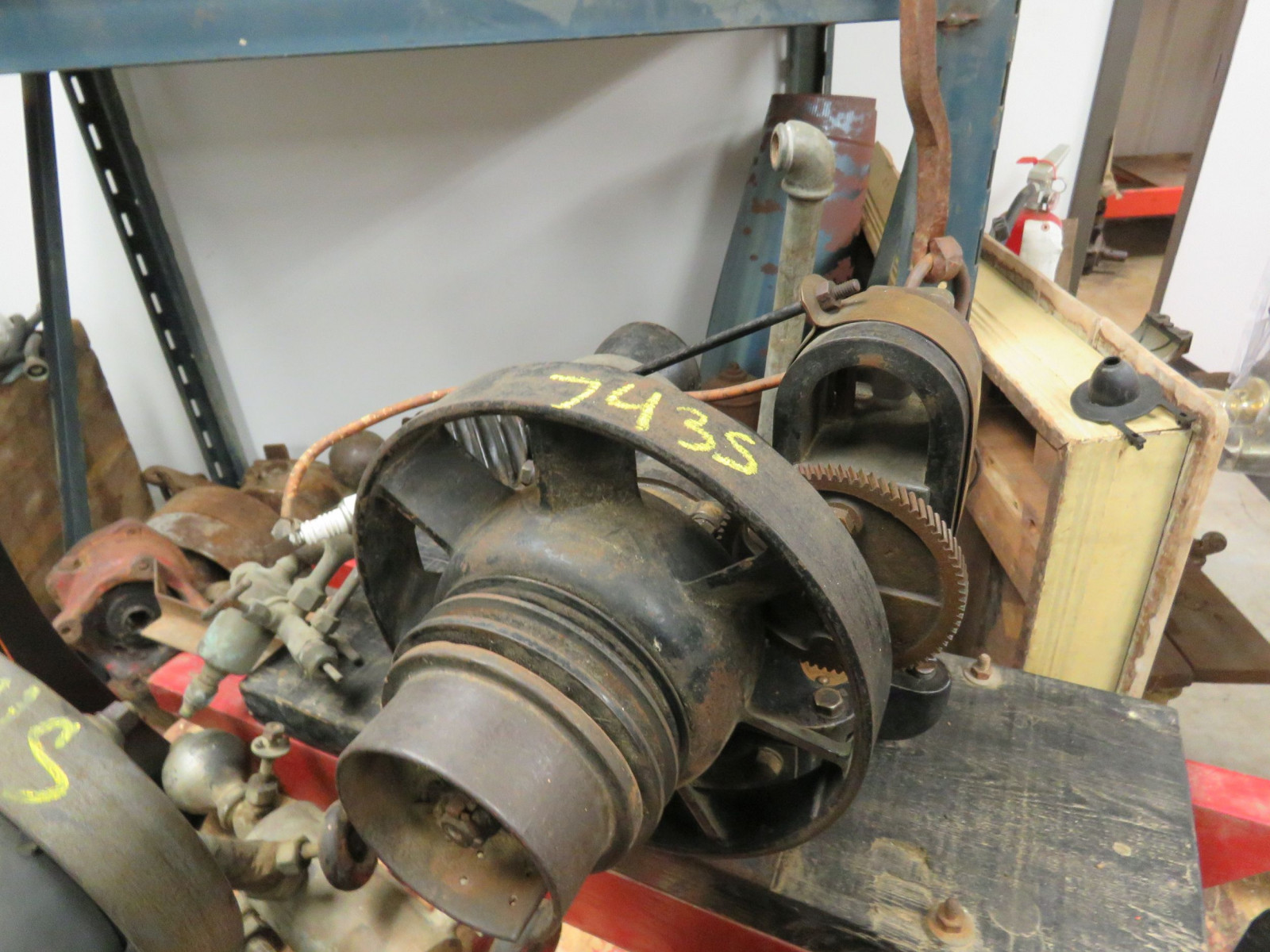 Associated 3/4hp Stationary Engine 4490 - Image 1