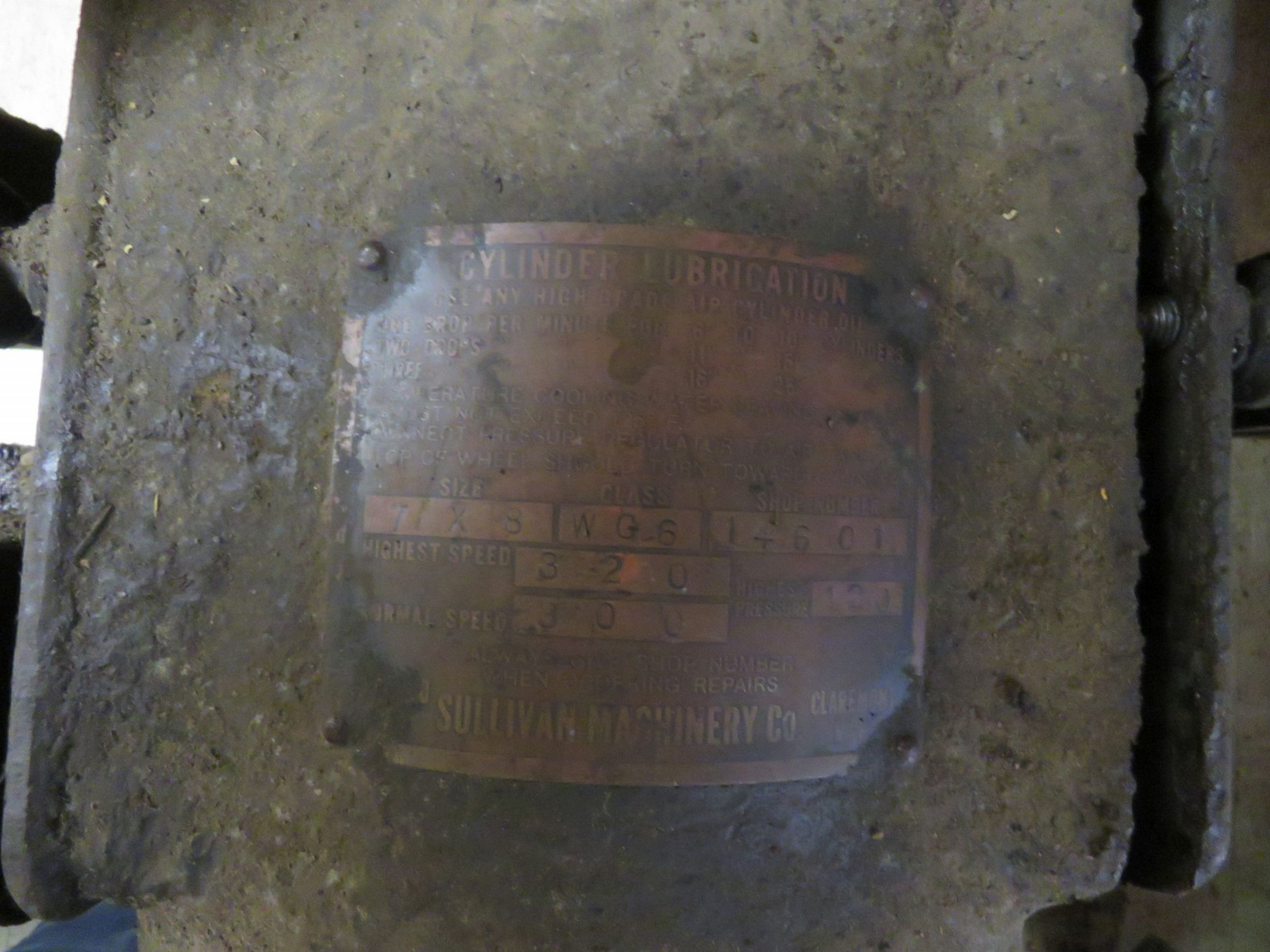 Sullivan Machinery Company Stationary Engine - Image 2