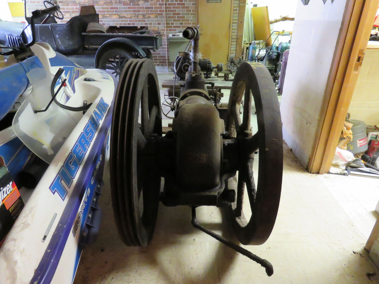 Sullivan Machinery Company Stationary Engine - Image 4