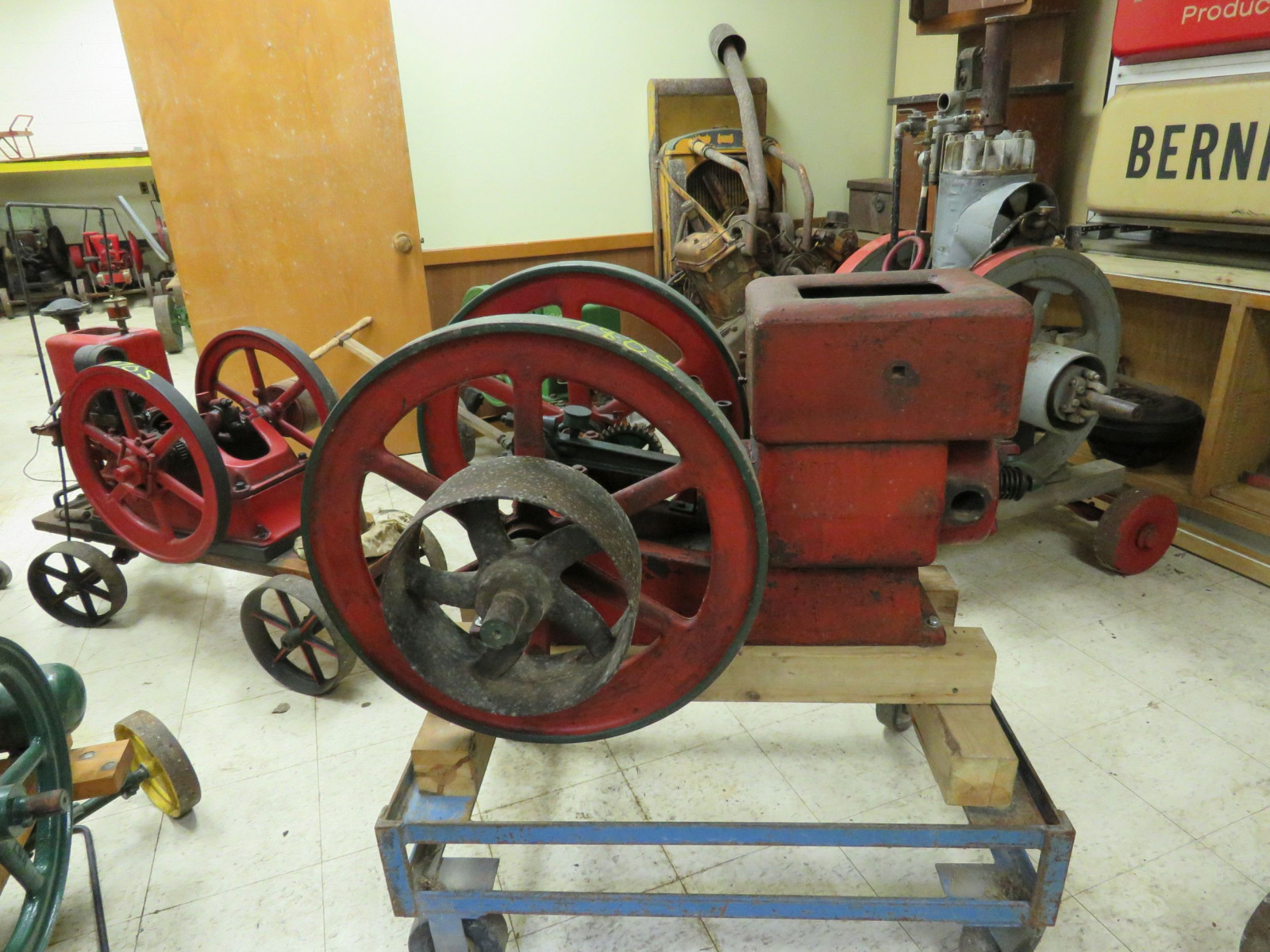 Meco 3HP Stationary Gas Engine - Image 1