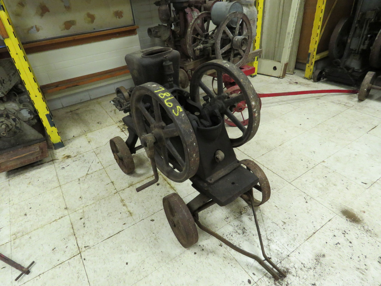 Worthington 1 1/2hp Gasoline Engine On Cart - Image 1