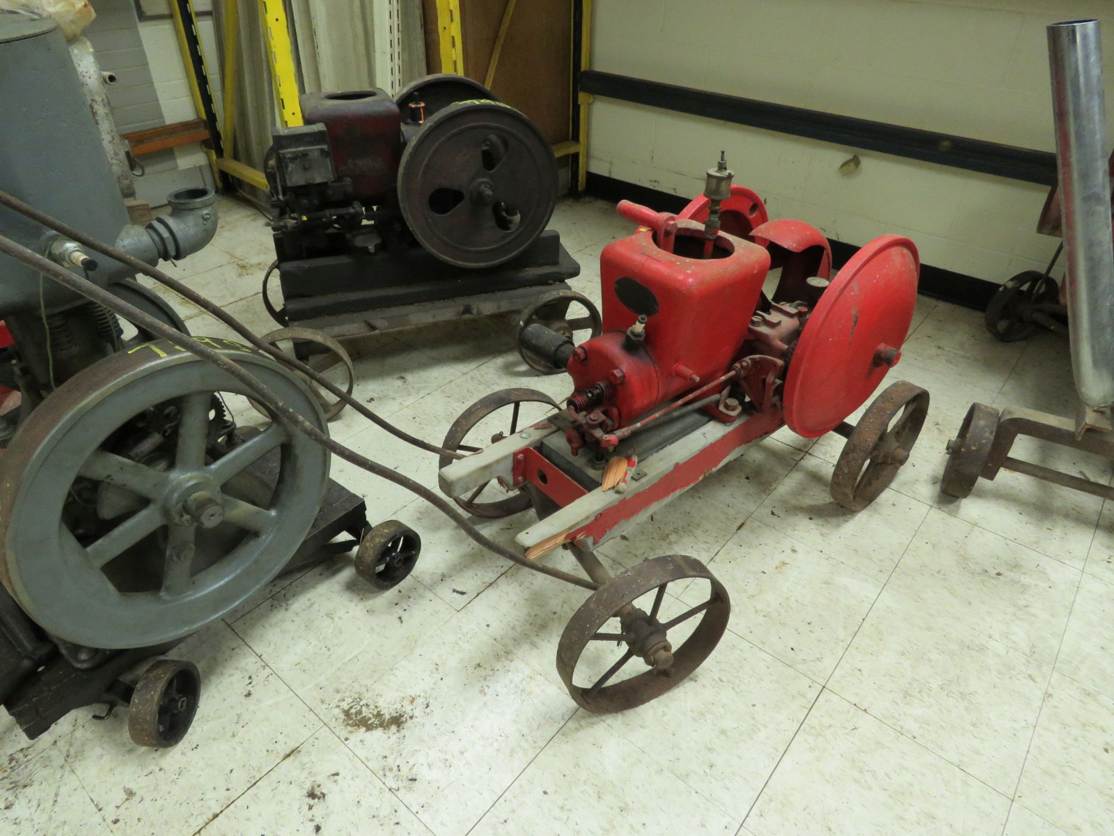 Fairbanks Morse Type Z 1 1/2 HP Stationary Gas Engine - Image 2