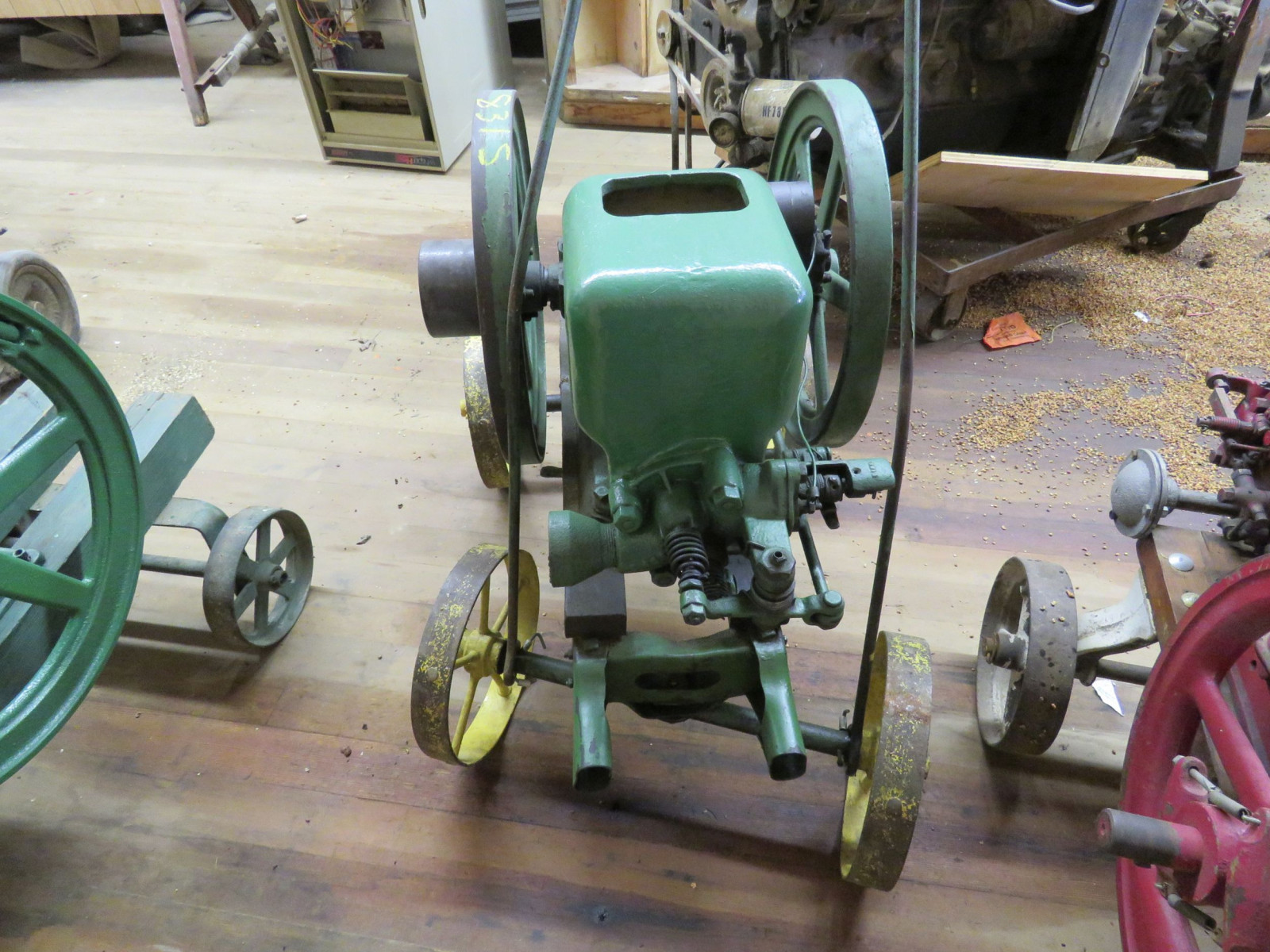 John Deere Type E 1 1/2hp Stationary Gas Engine - Image 1