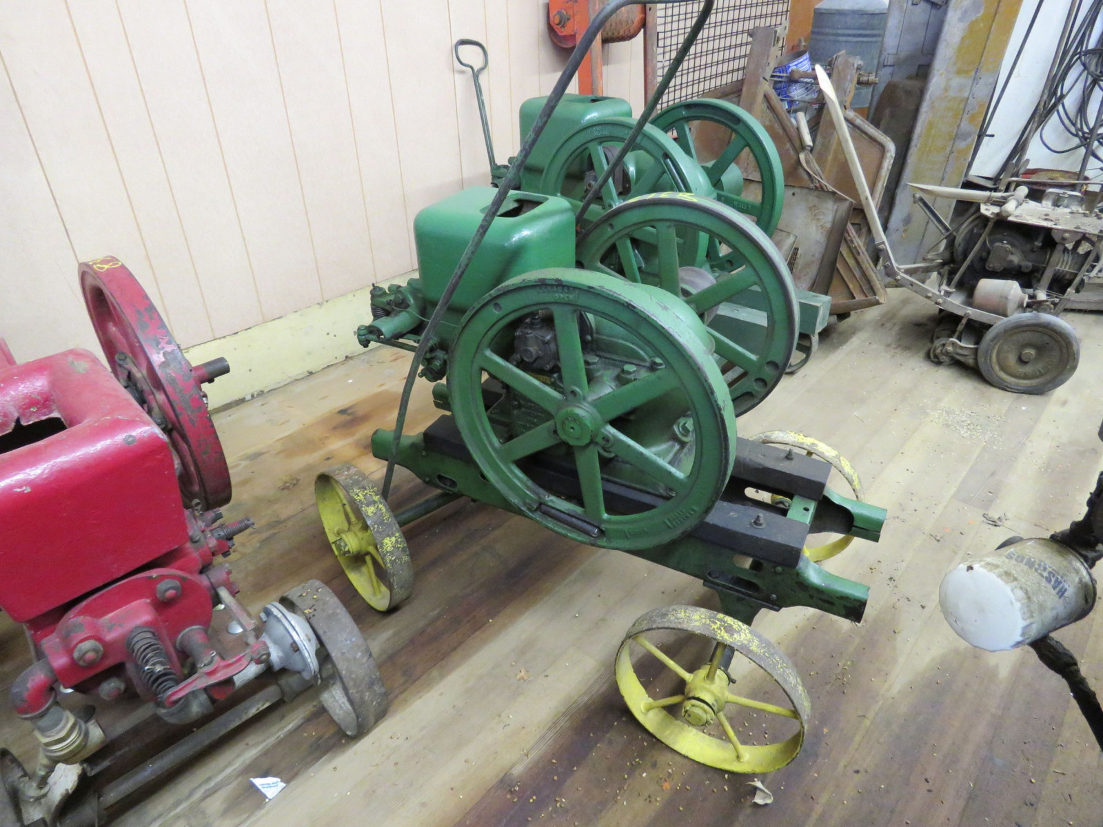 John Deere Type E 1 1/2hp Stationary Gas Engine - Image 2