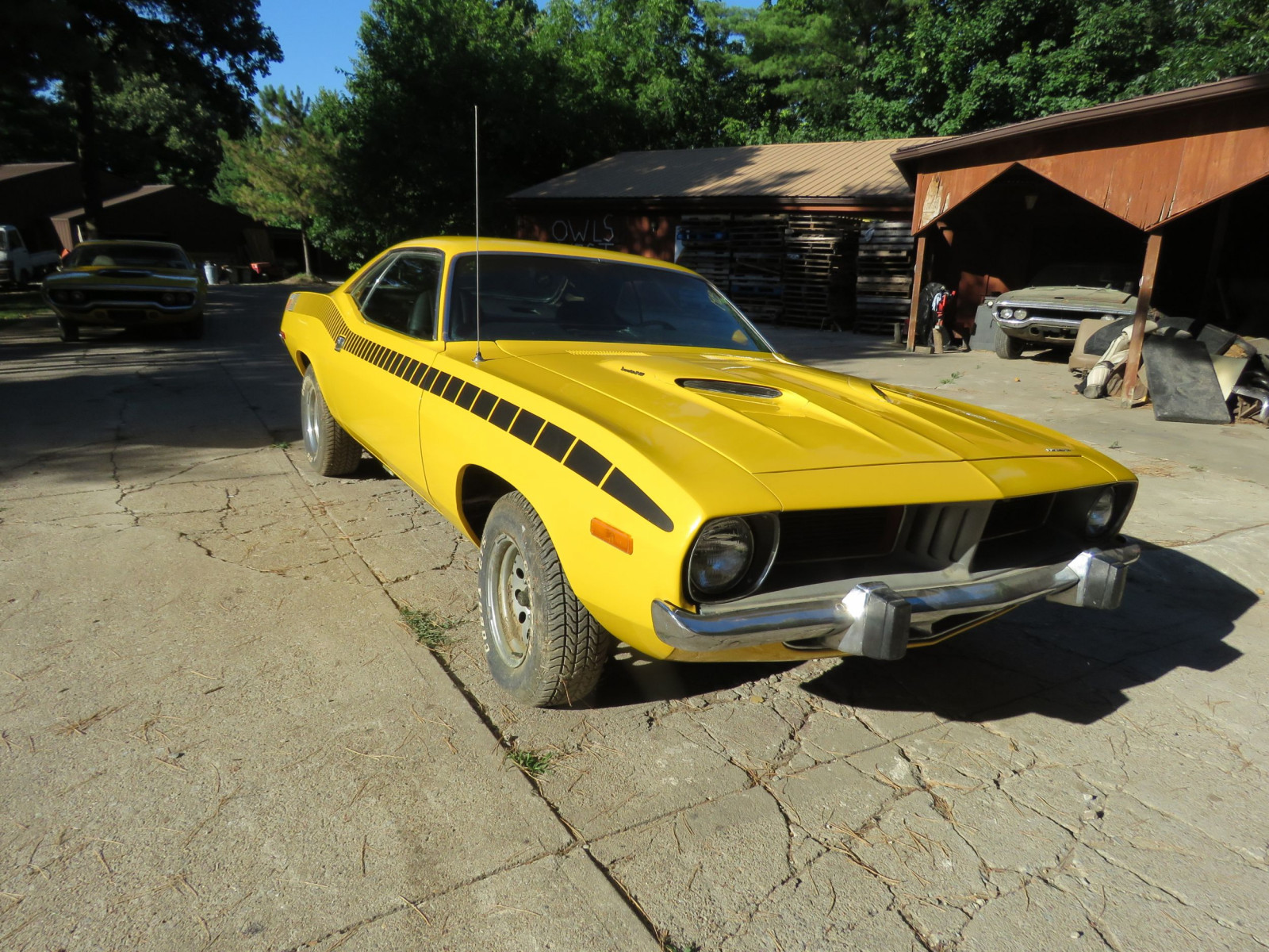 1973 Plymouth Barracuda 2dr HT - Image 3