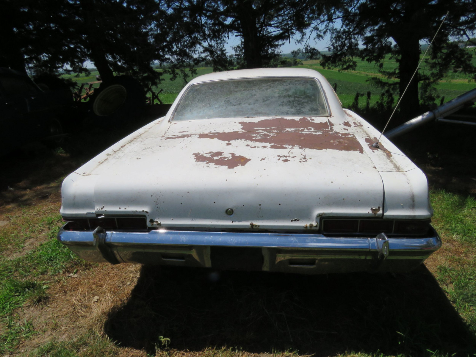 1965 Chevrolet Impala For Project or parts - Image 5