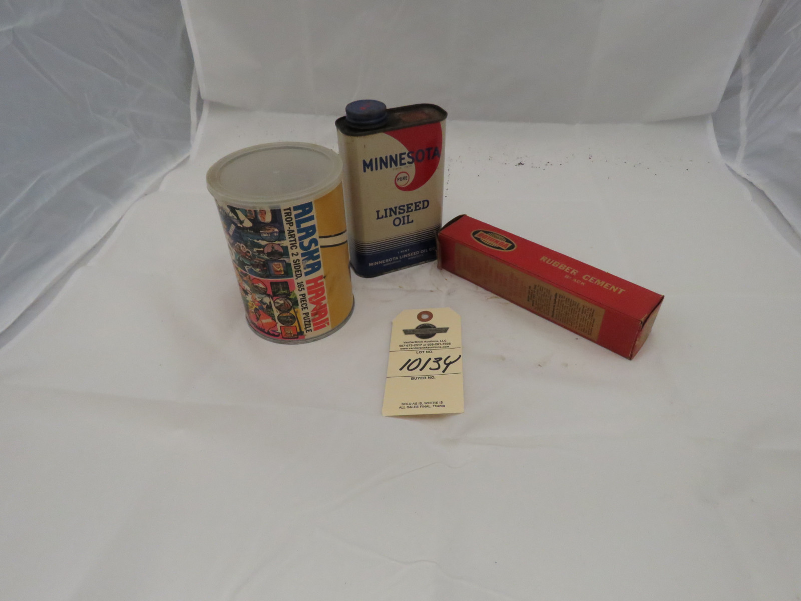 Phillips 66 Puzzle and Cans - Image 2