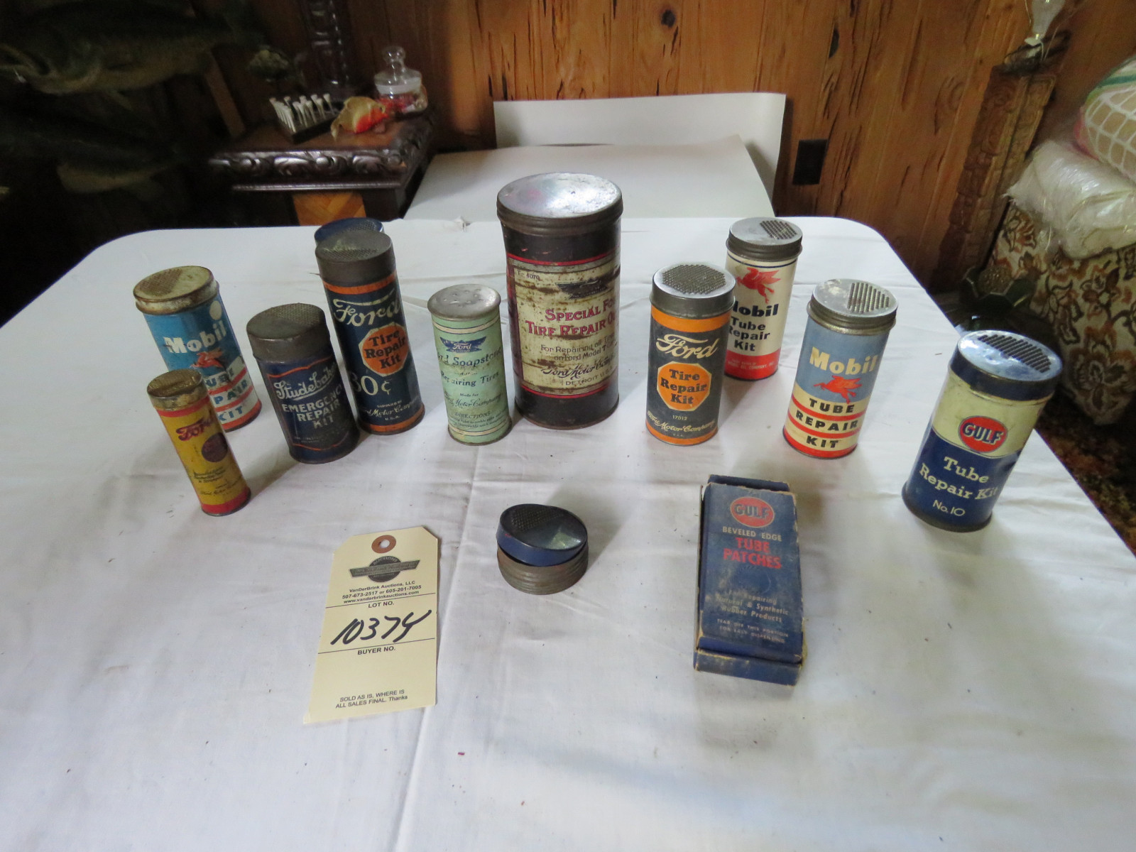 Vintage Can Grouping - Image 1