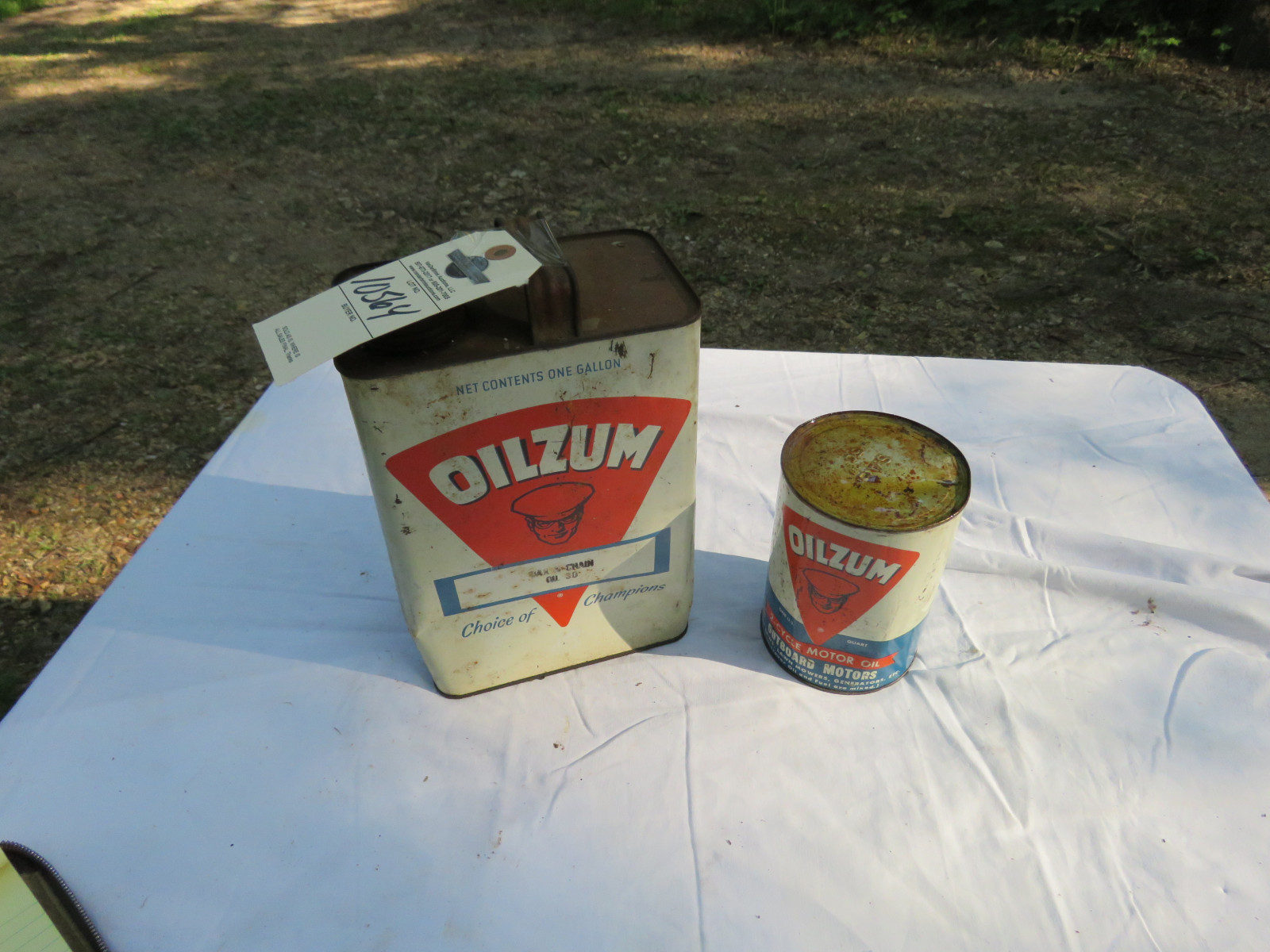 Oilzum Oil Can Group - Image 1