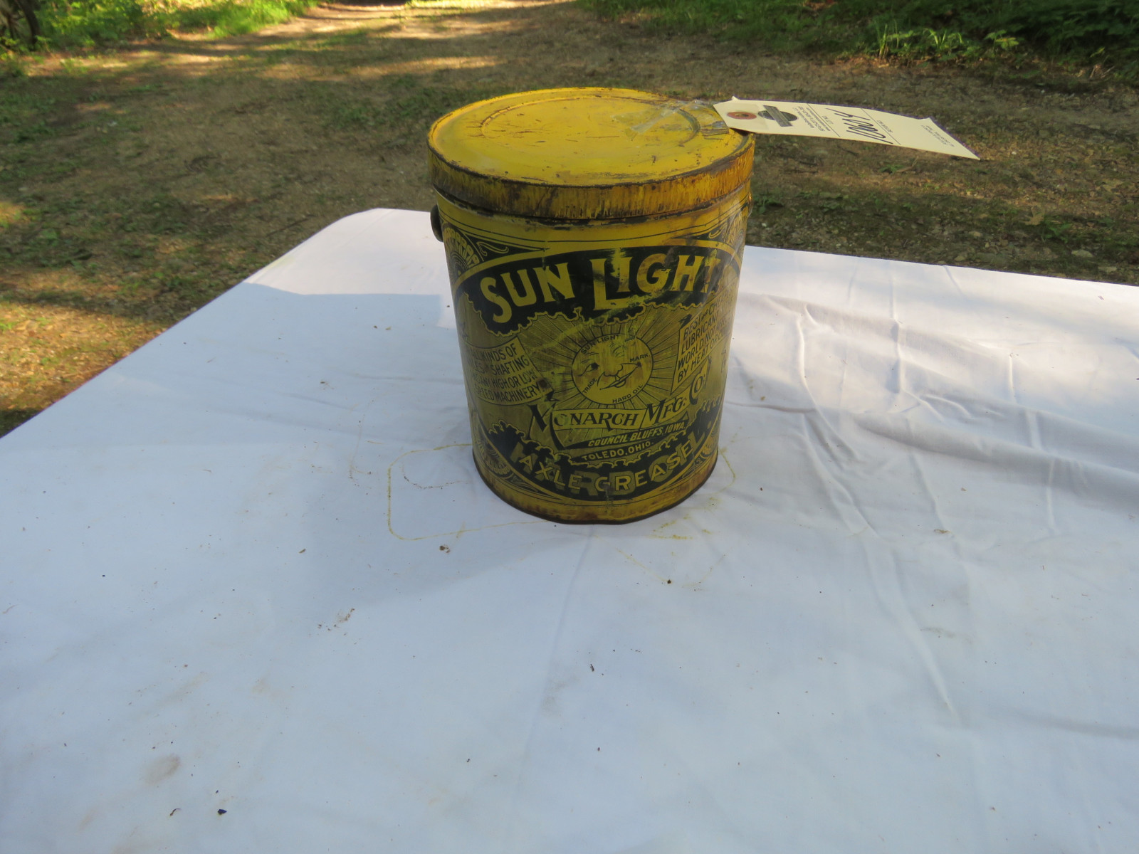 Sunlight Axle Grease Can - Image 1