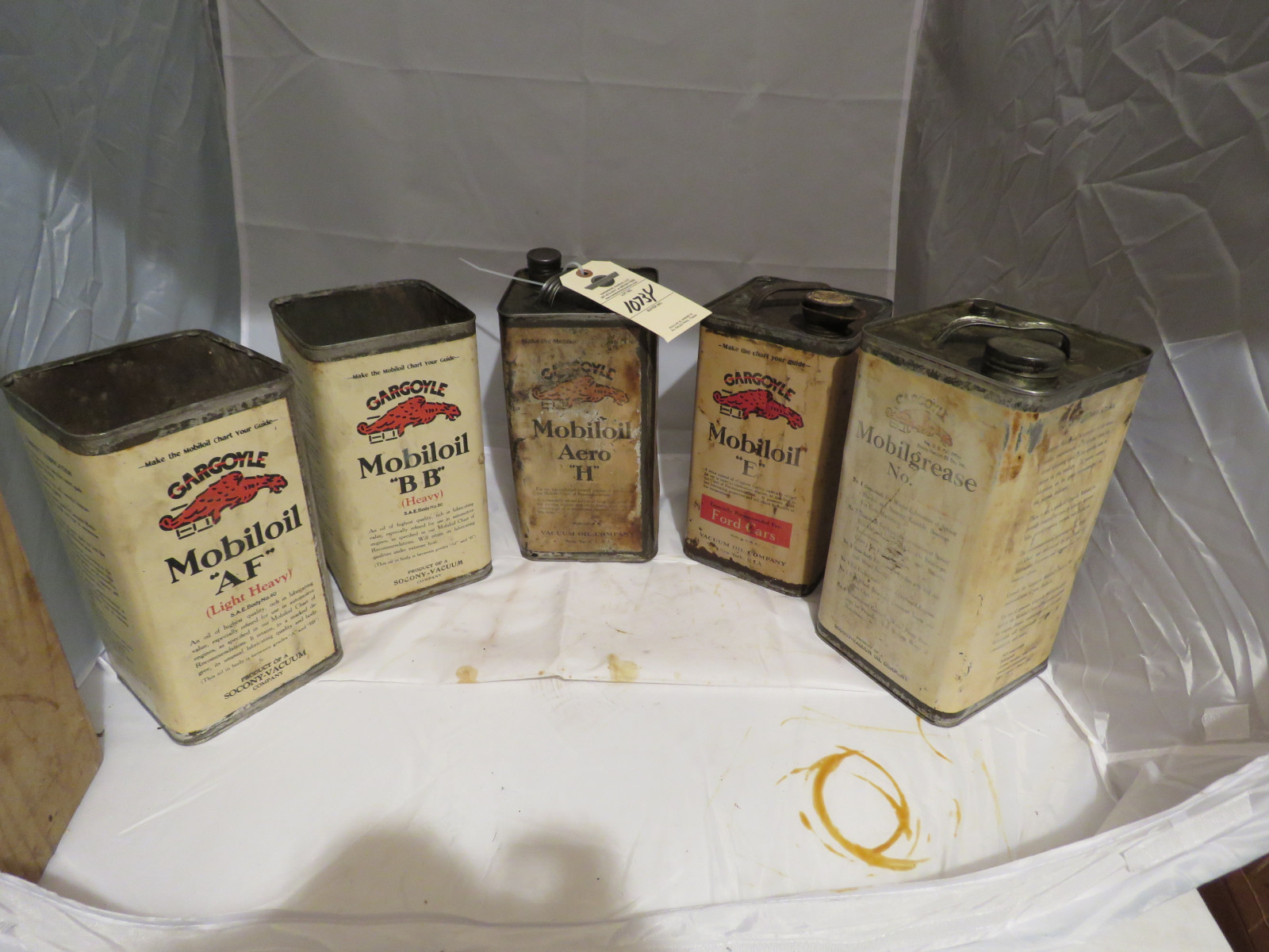 MoilOil Set of Cans - Image 1