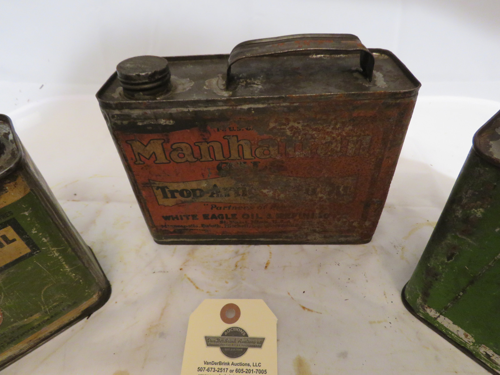 Vintage Oil Can Grouping - Image 3