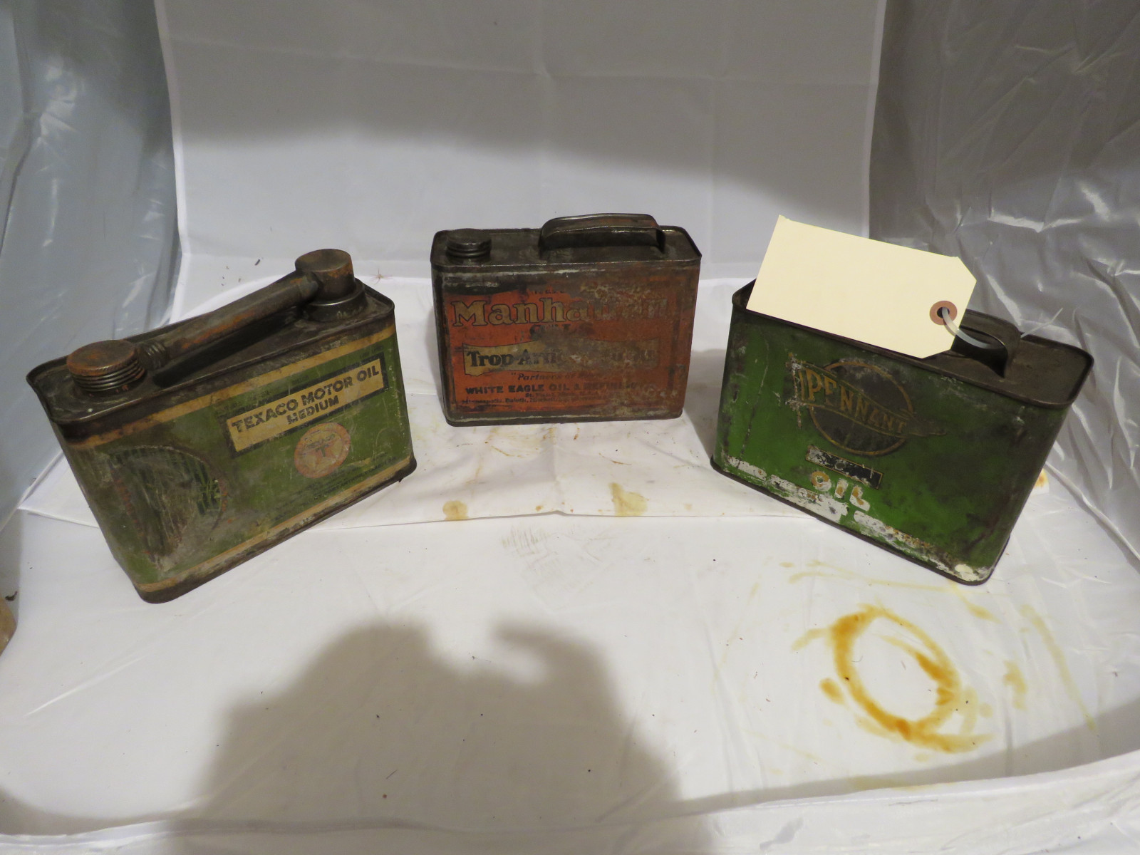 Vintage Oil Can Grouping - Image 5