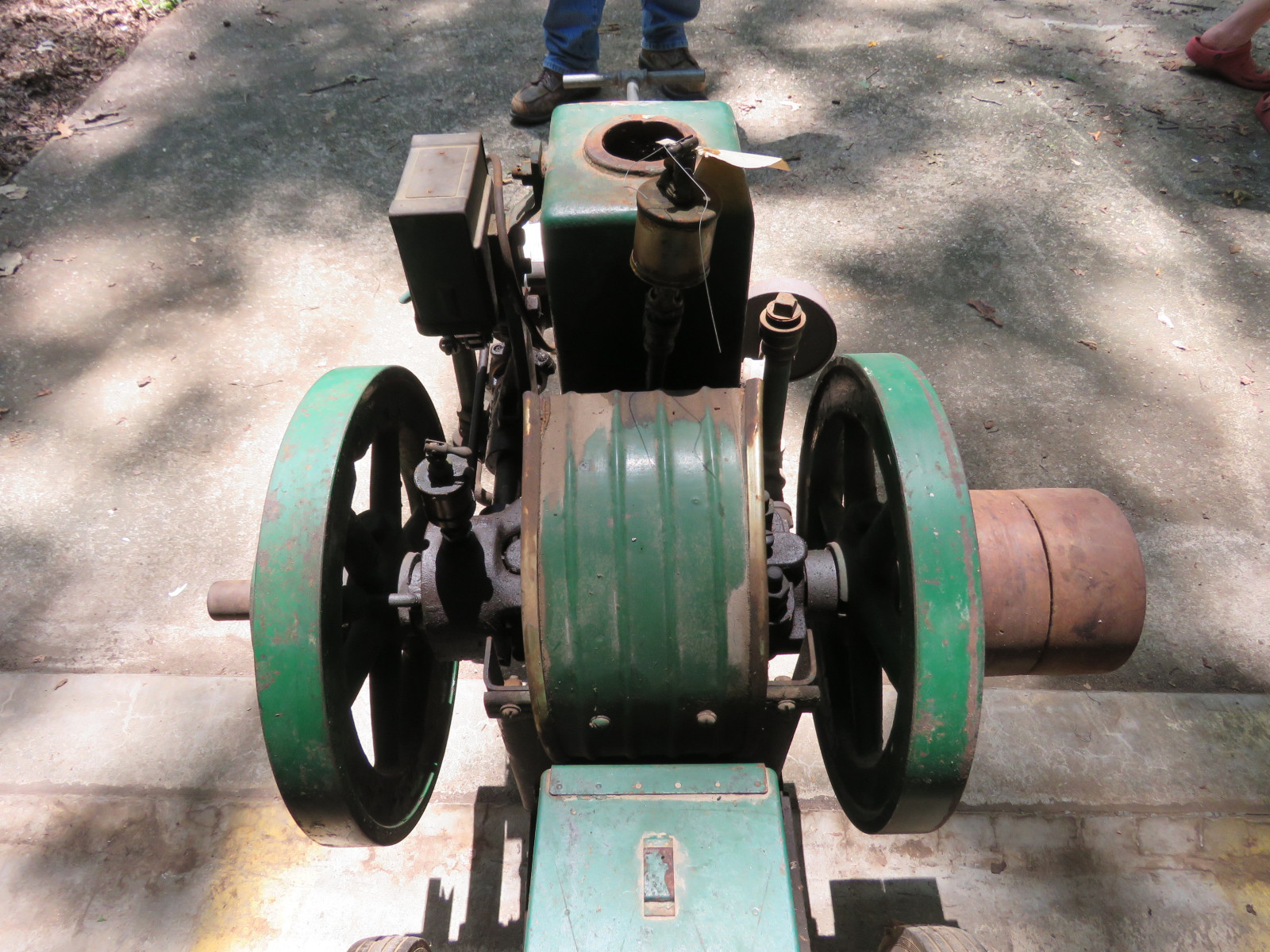 Domestic Side Shaft 1 1/2HP Stationary Gas Engine on Cart - Image 7