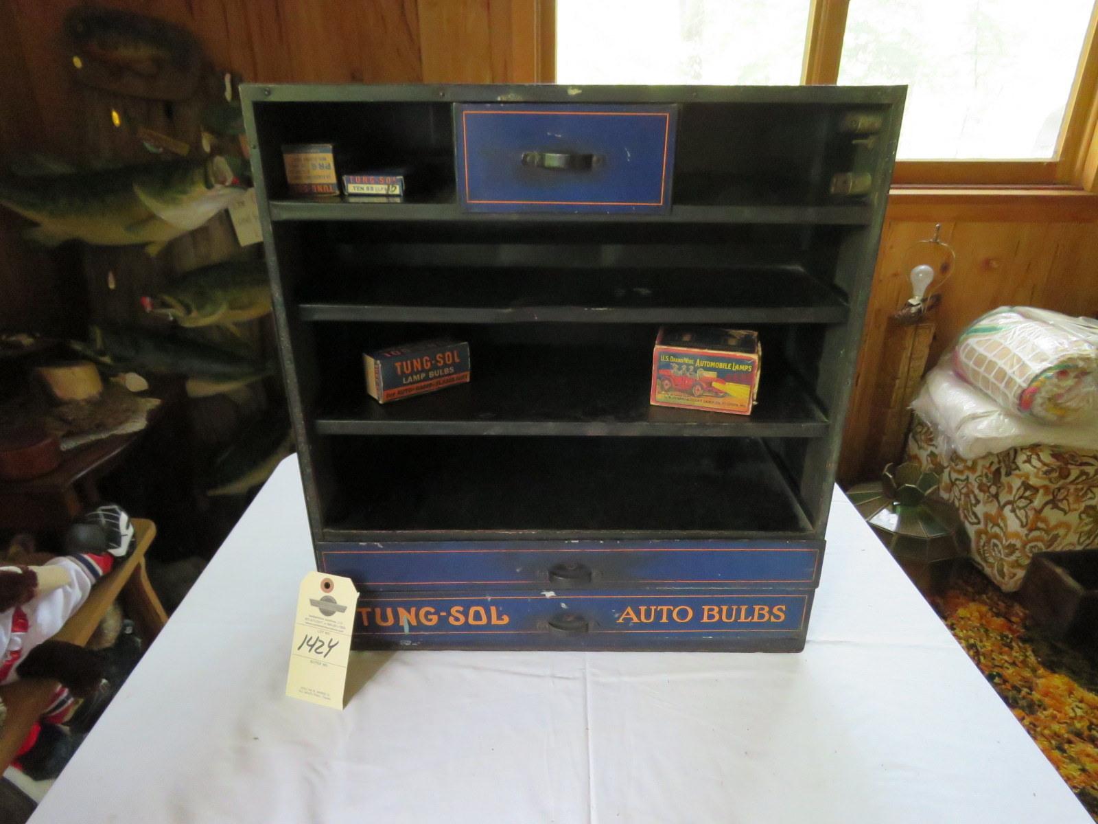 Vintage Metal Tung Sol Display Case - Image 1