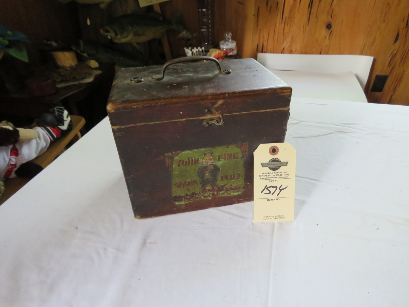 RARE Twin Fire Salesman Sample Display Case - Image 1