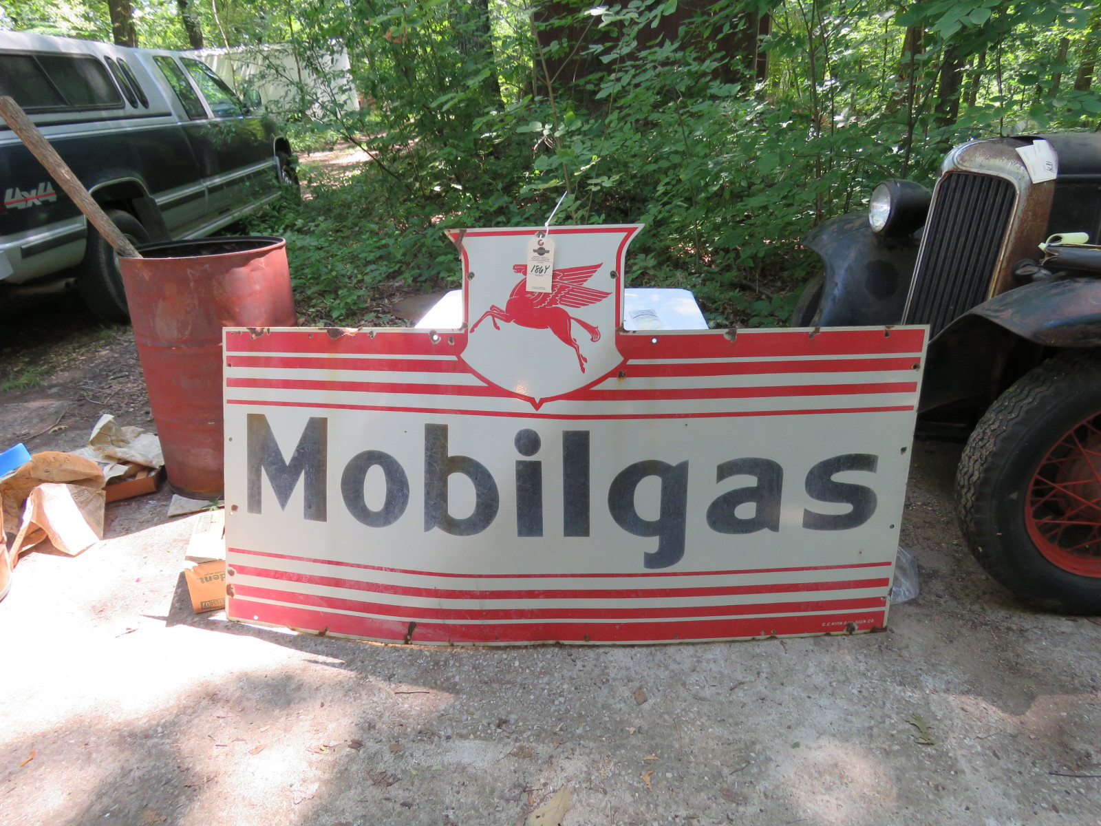 Mobil Gas Single Side Porcelain Sign 3.5x5 ft - Image 1