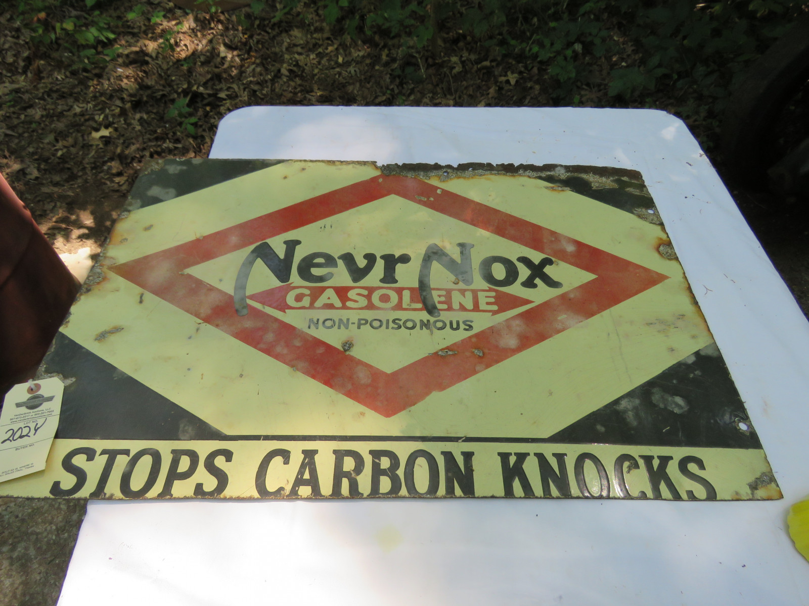 Never-Nox DS Porcelain Sign 19x32 inches - Image 1