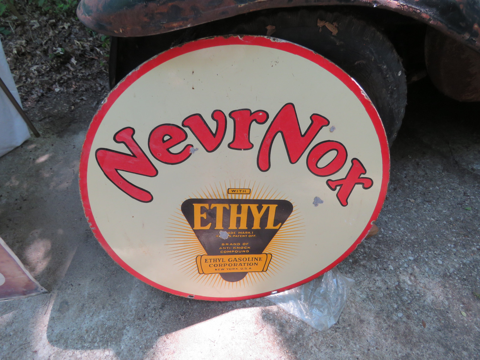 Never-Nox DS Porcelain Sign 29 inches Round - Image 1