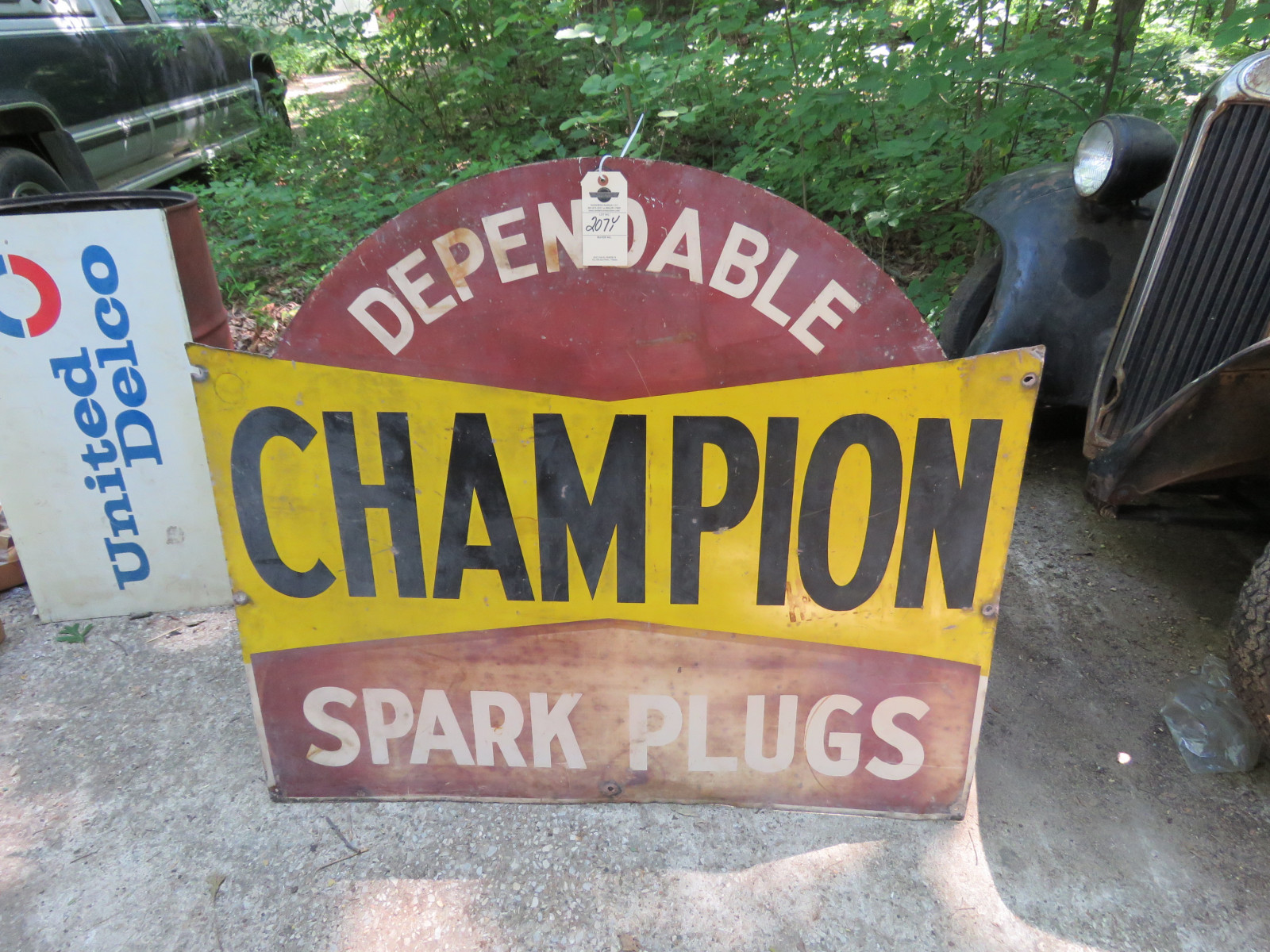 Champion Spark Plugs DS Painted Tin Sign 4x4ft - Image 1