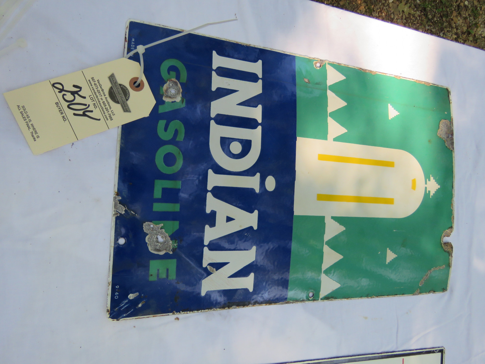 Indian SS Porcelain Curved Pump Sign 9-40 - Image 1