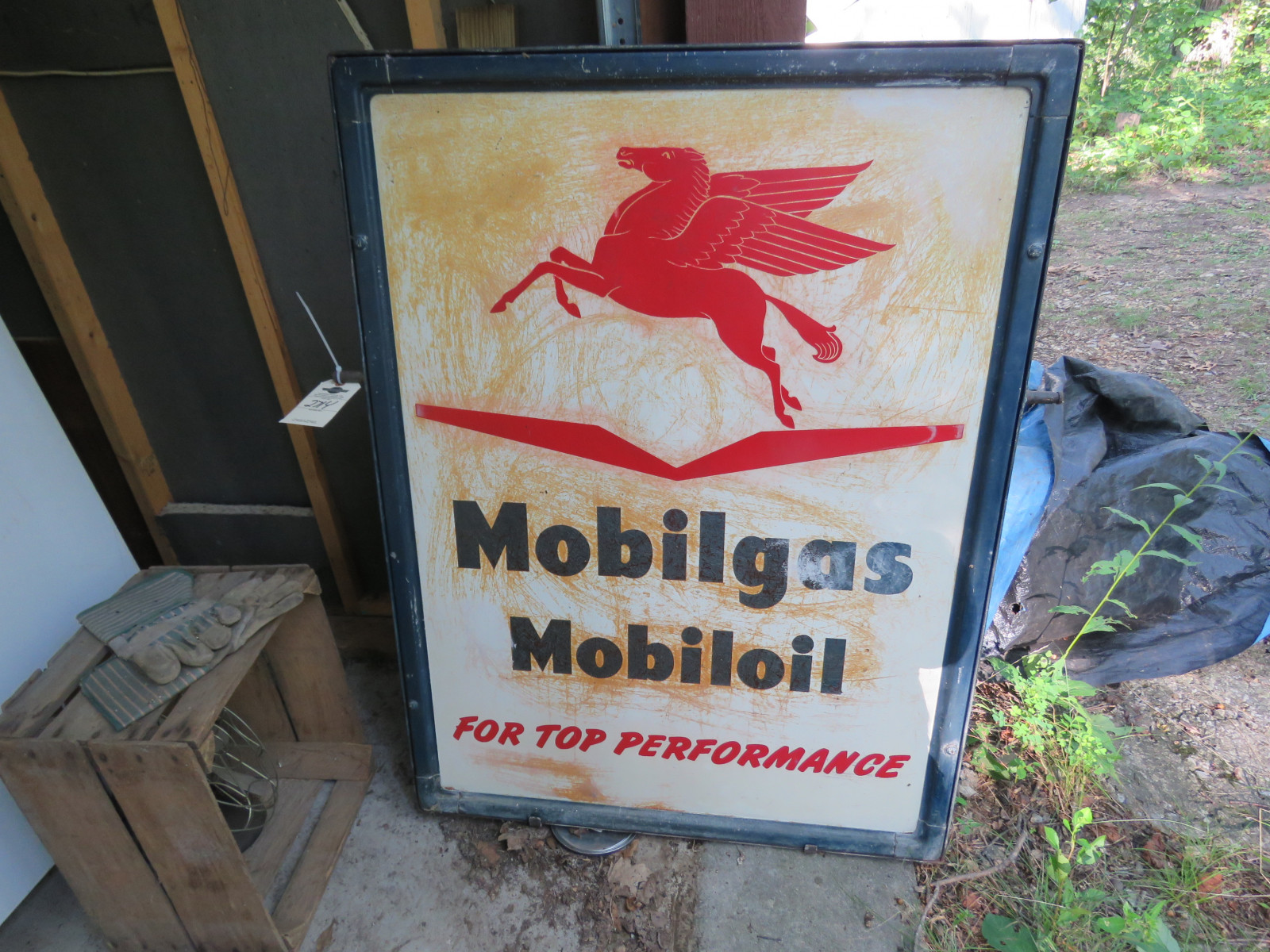 Mobil Gas painted Tin Sign 35X46 inches Displa Sign - Image 2