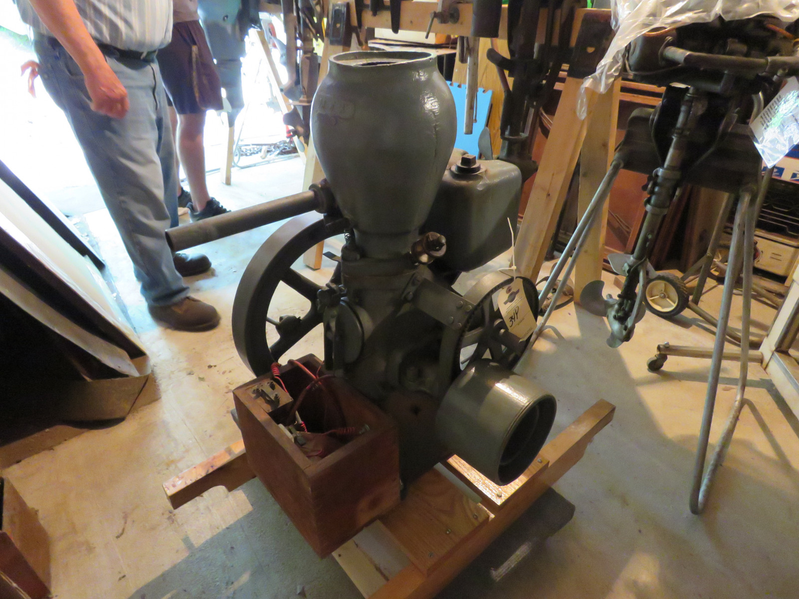 Monitor 1 1/4hp Stationary Gas Engine - Image 2
