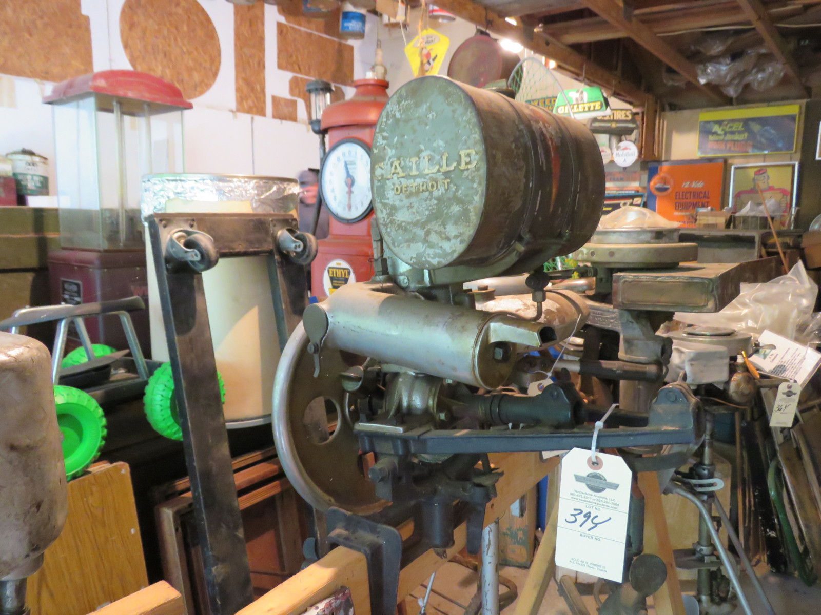 Vintage Caille Boat Motor from Detroit, Michigan - Image 1