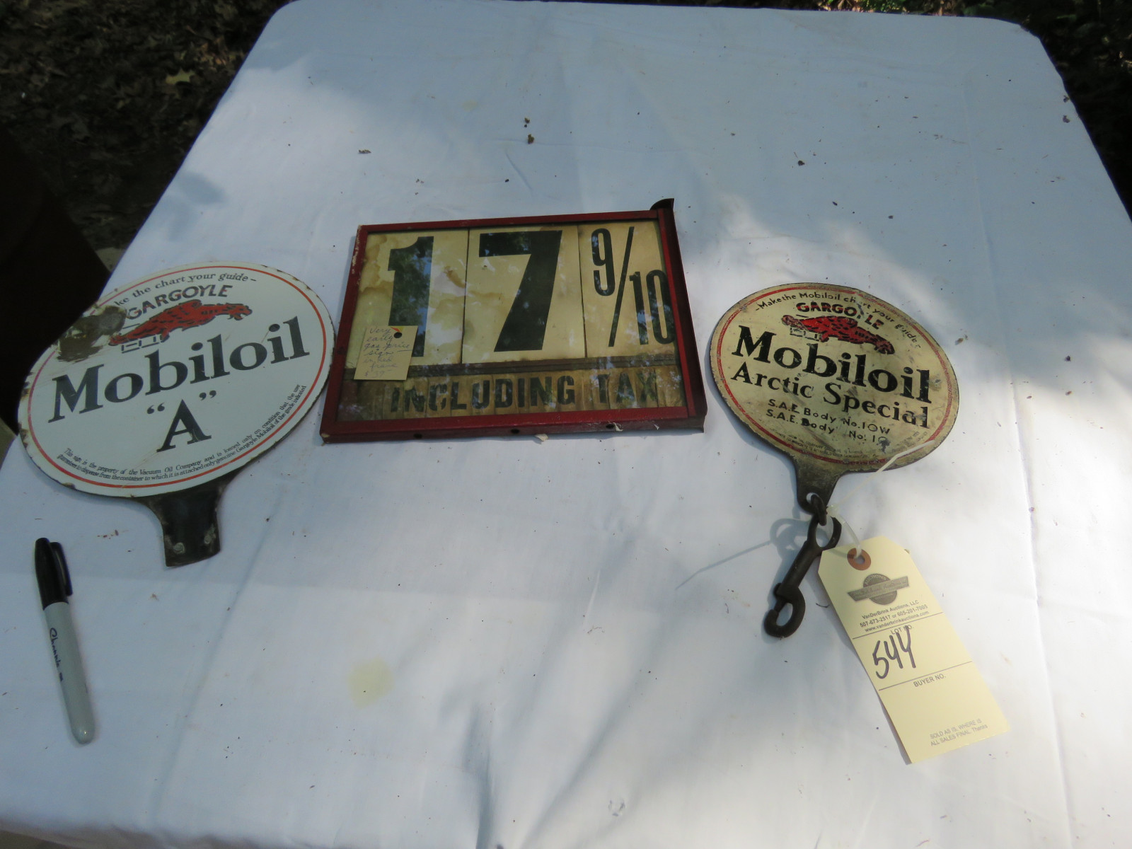 Mobiloil Gas Pump Porcelain Pump Tags and Measure Group - Image 1