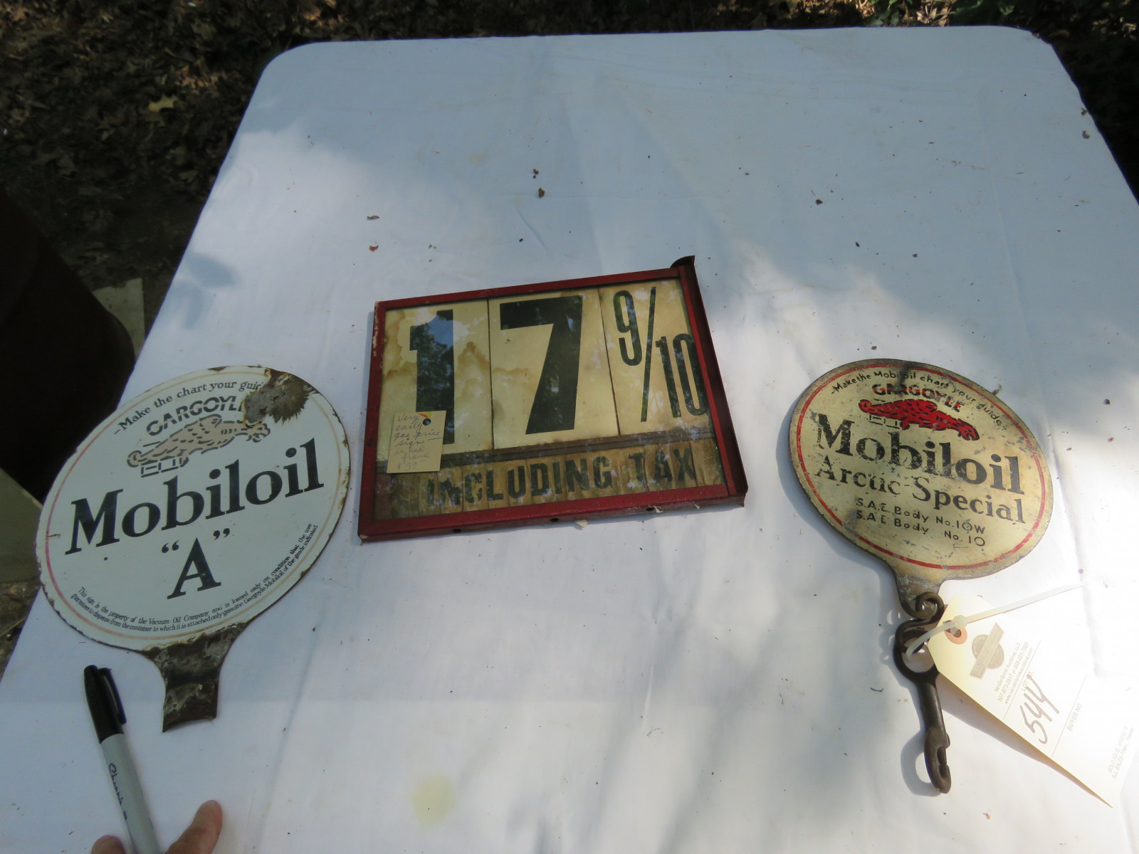 Mobiloil Gas Pump Porcelain Pump Tags and Measure Group - Image 2