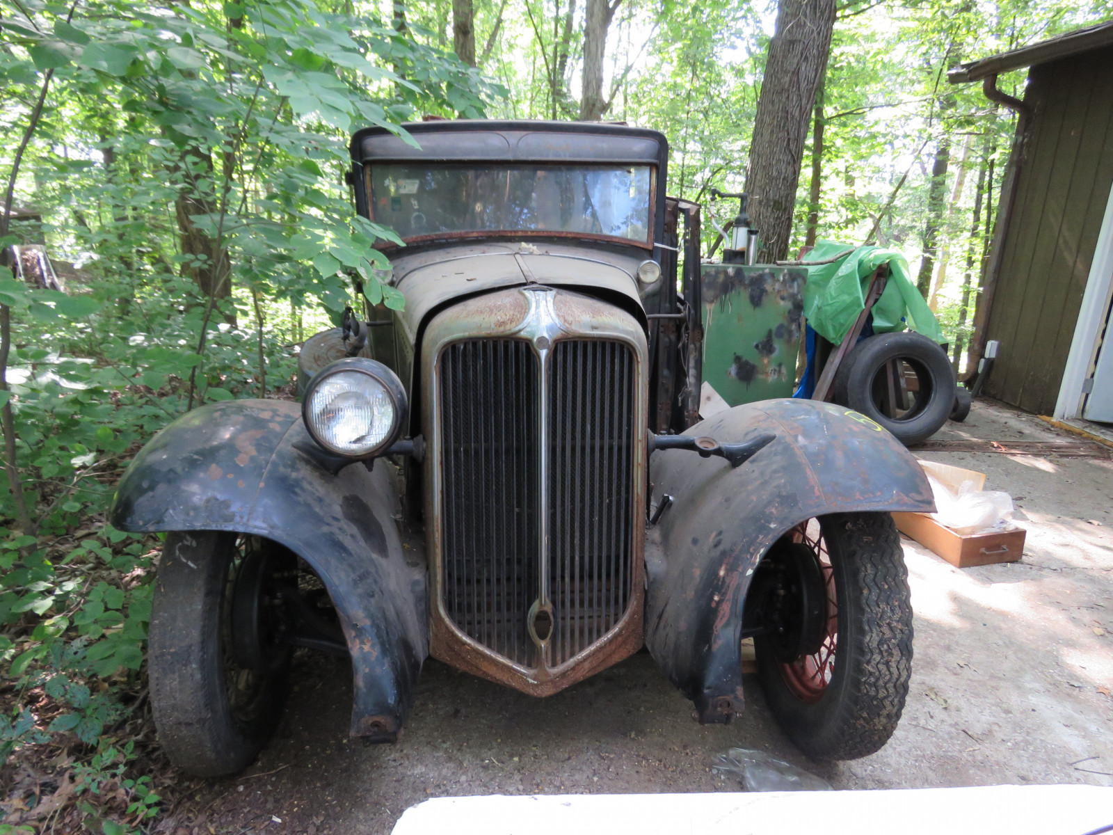 1931 Chrysler CM6 4dr Sedan Project - Image 2