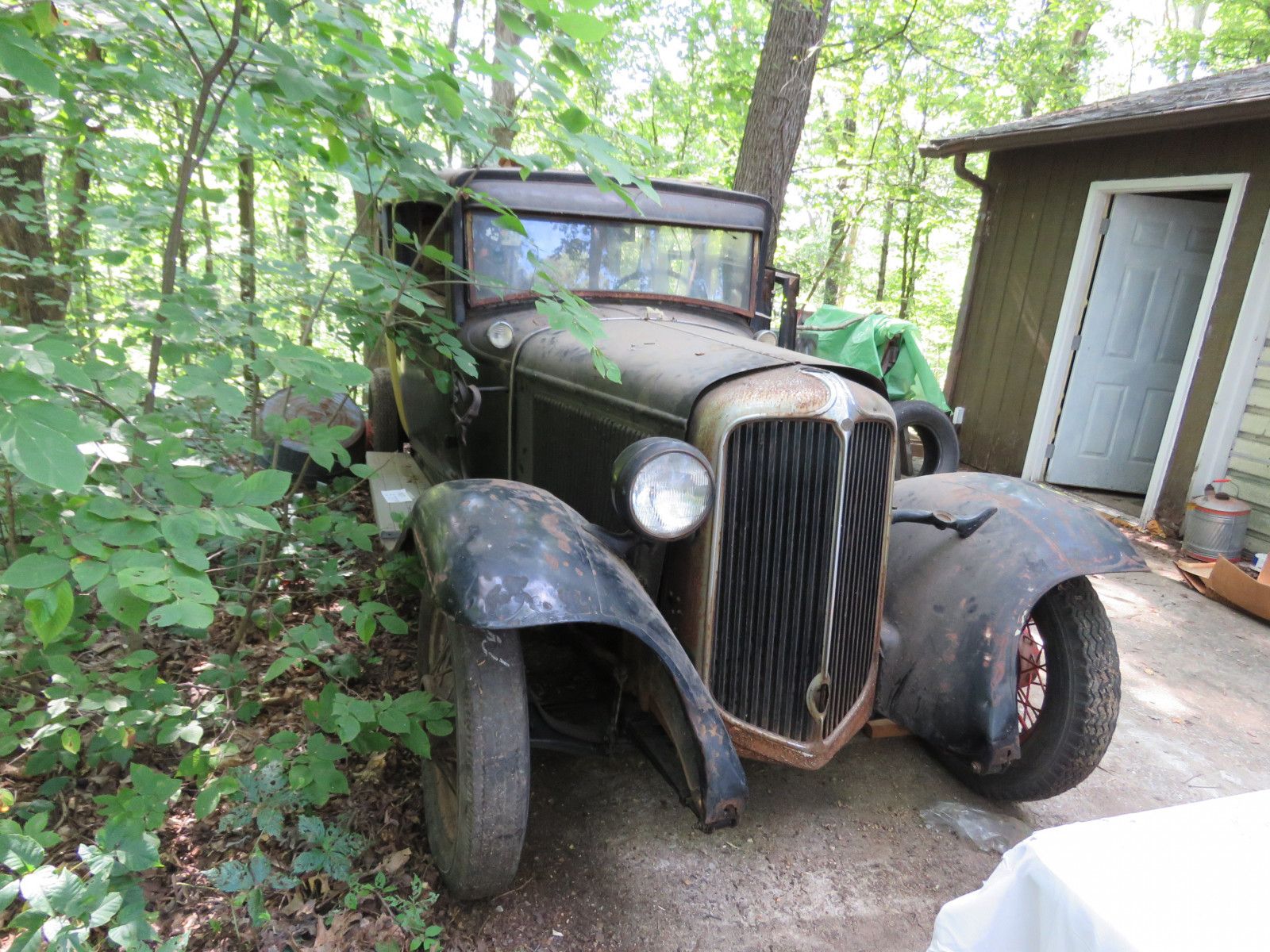 1931 Chrysler CM6 4dr Sedan Project - Image 3